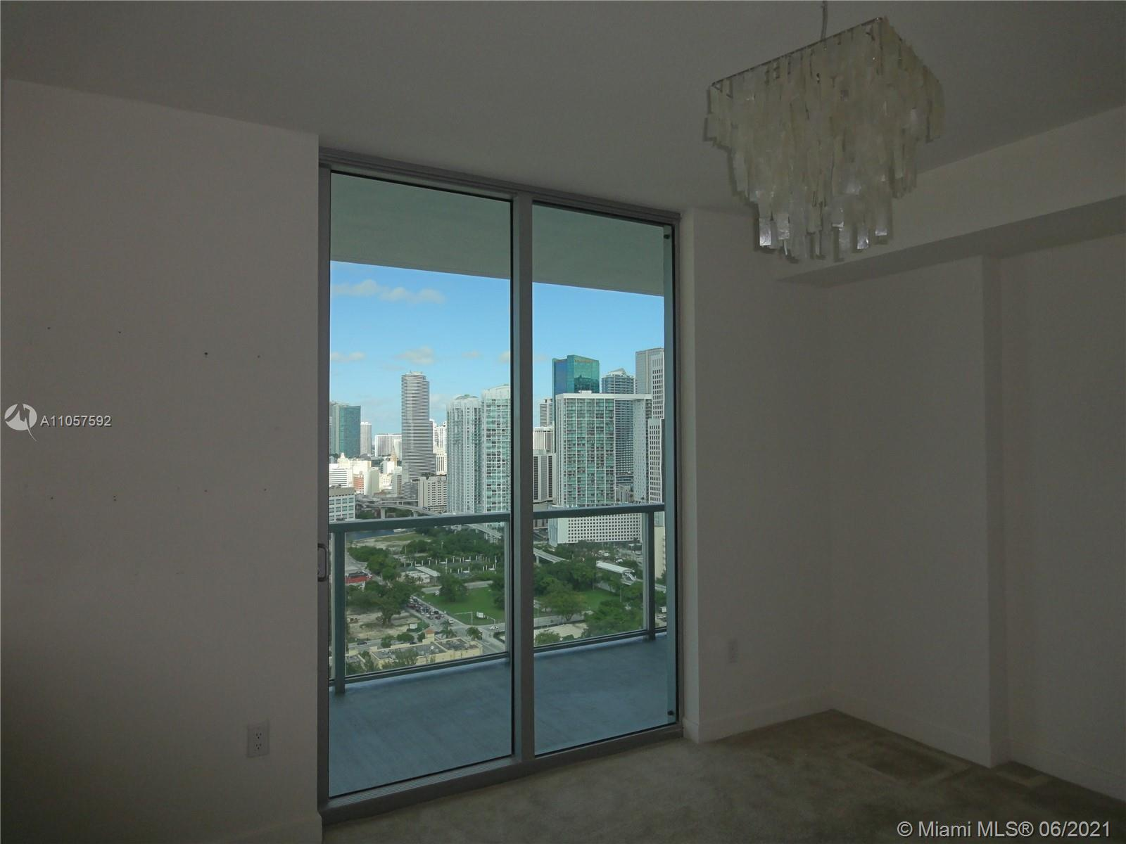 1111 SW 1st Ave #3324-N photo04