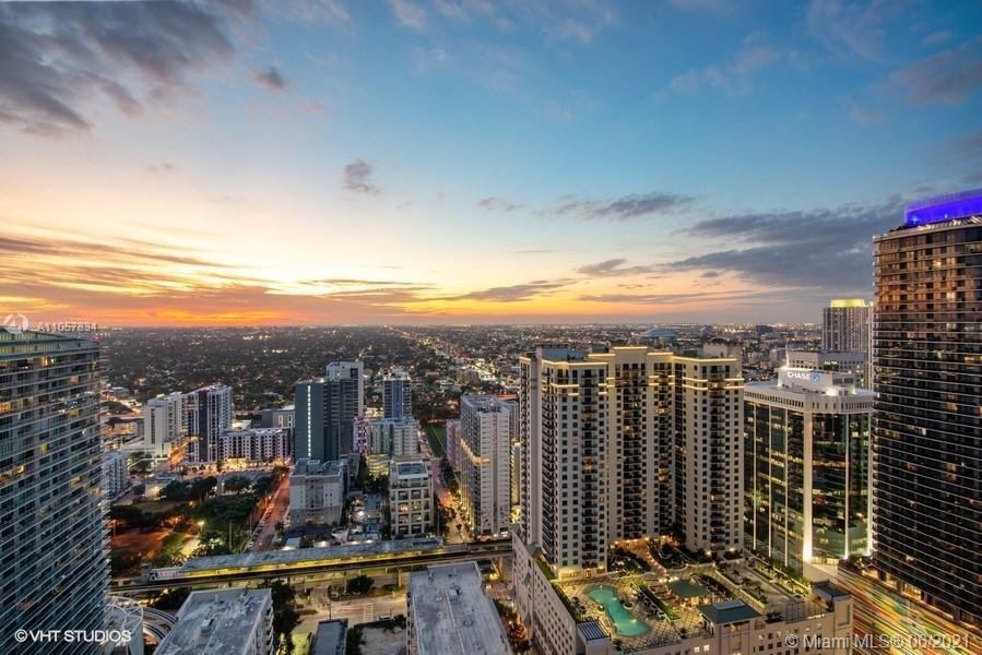 Brickell FlatIron #4110 & 4111 - 1000 Brickell Plaza #4110 & 4111, Miami, FL 33130