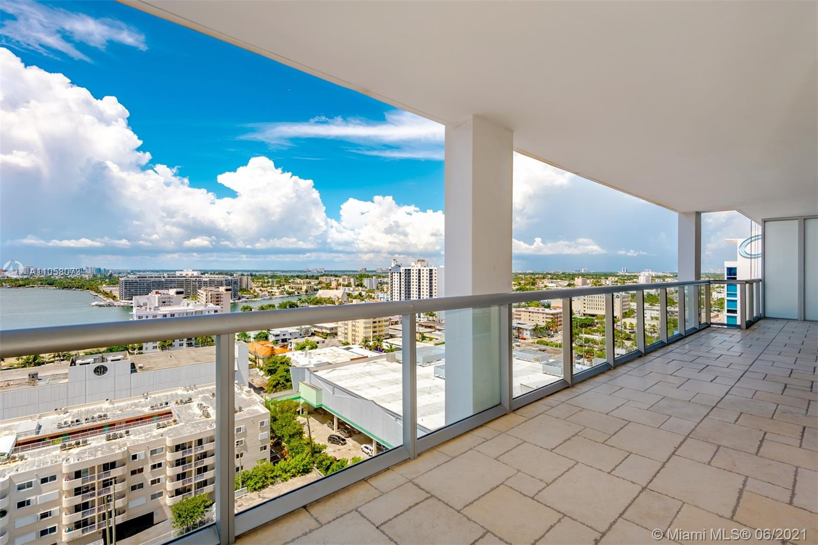 6799 Collins Ave #1506 photo020