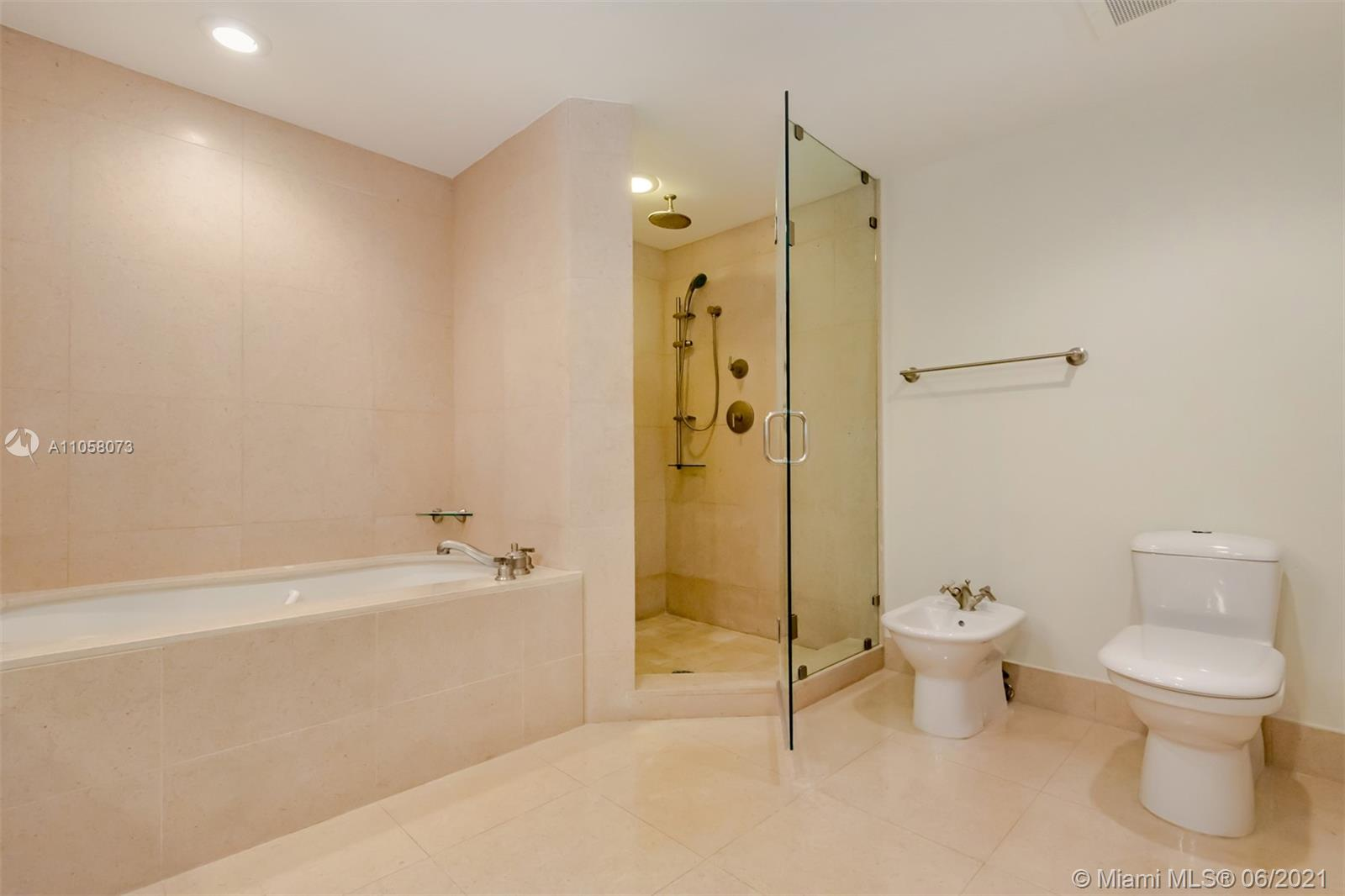 6799 Collins Ave #1506 photo019