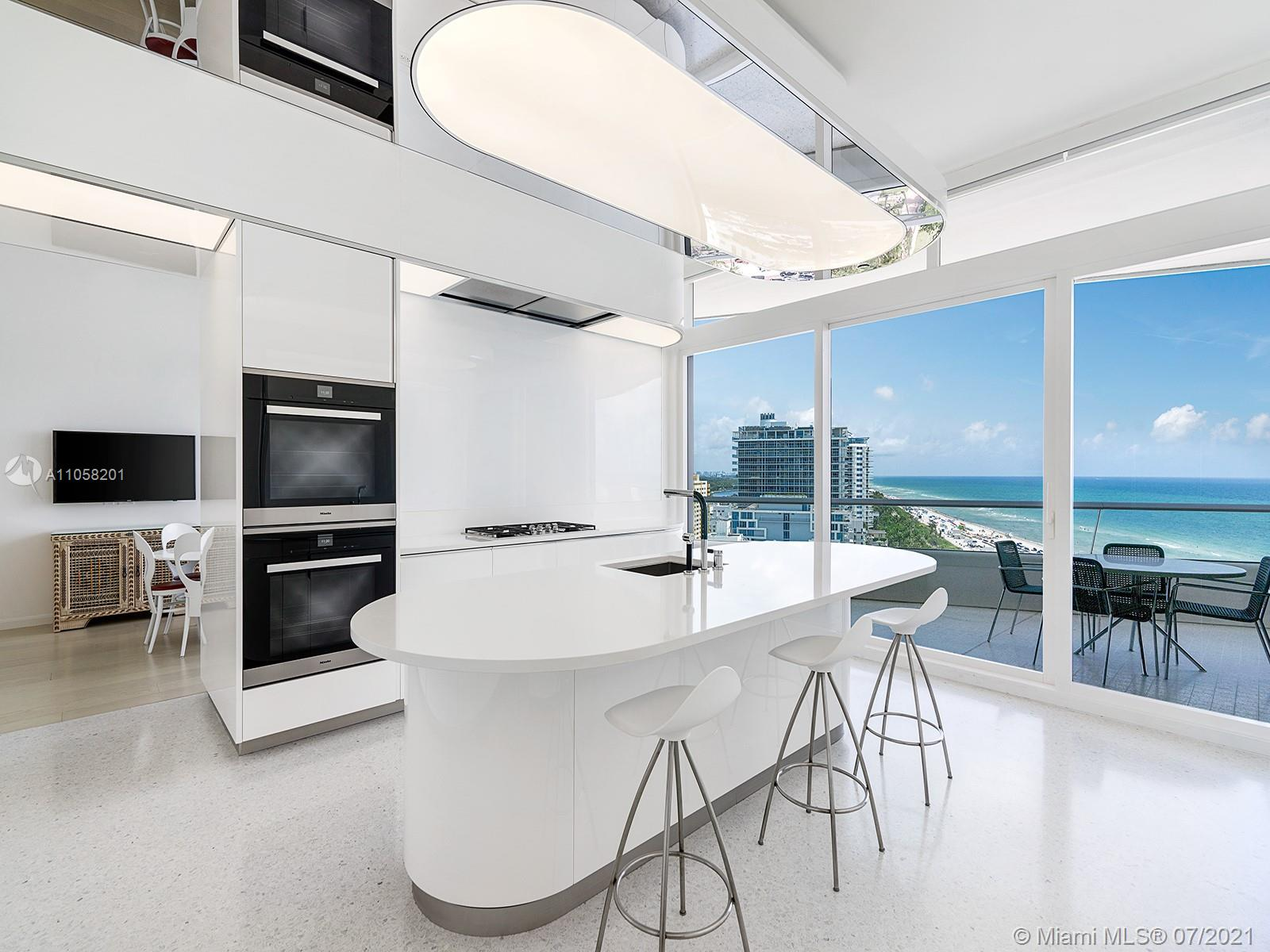 3315 Collins Ave #14A photo03
