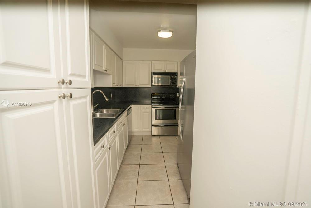 9225 Collins Ave #1110 photo06