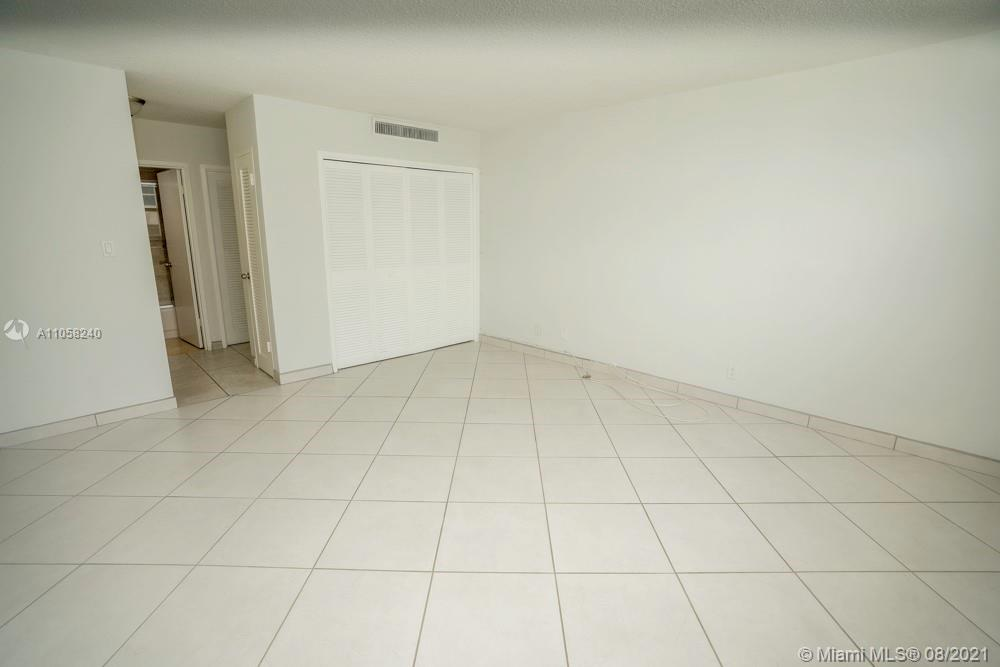 9225 Collins Ave #1110 photo013