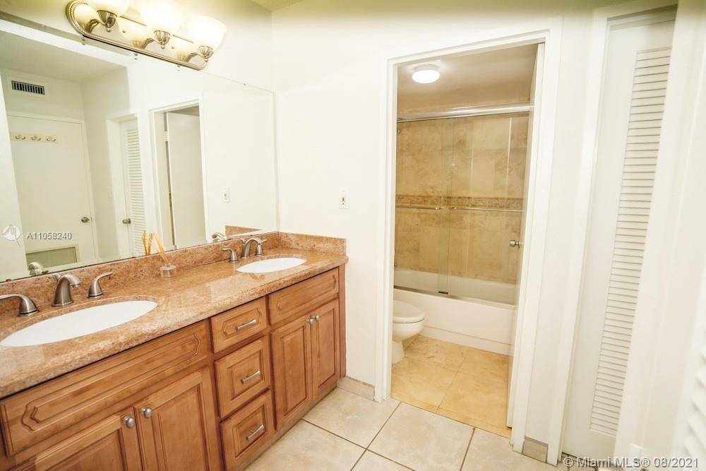 9225 Collins Ave #1110 photo016