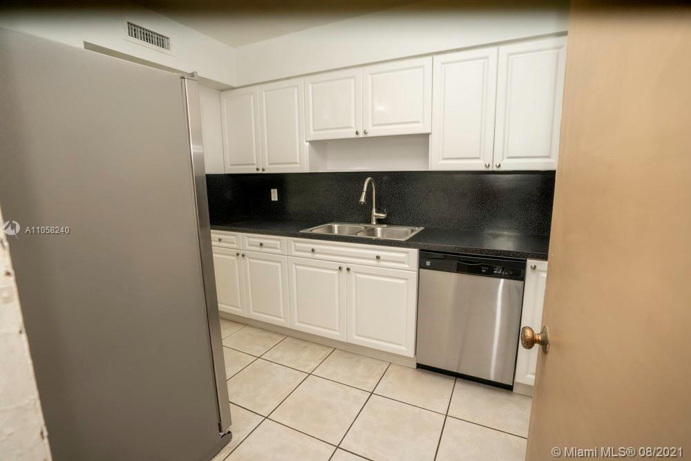 9225 Collins Ave #1110 photo07