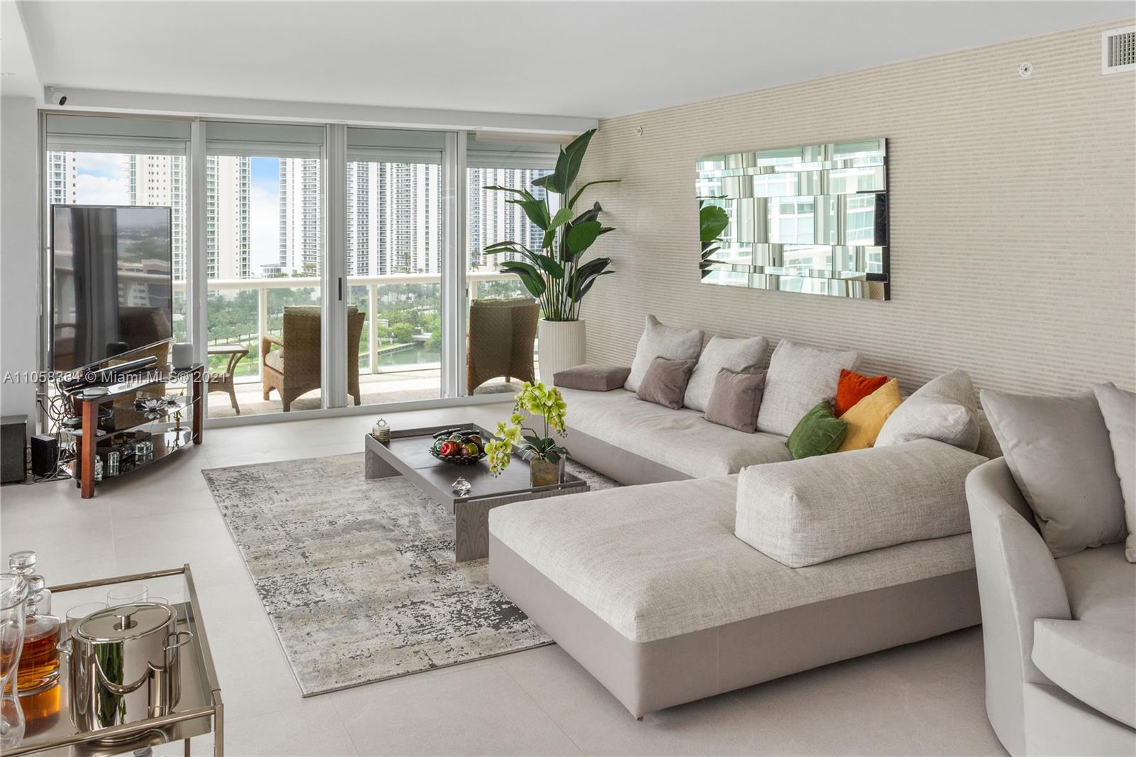 16500 Collins Ave #1751 photo09