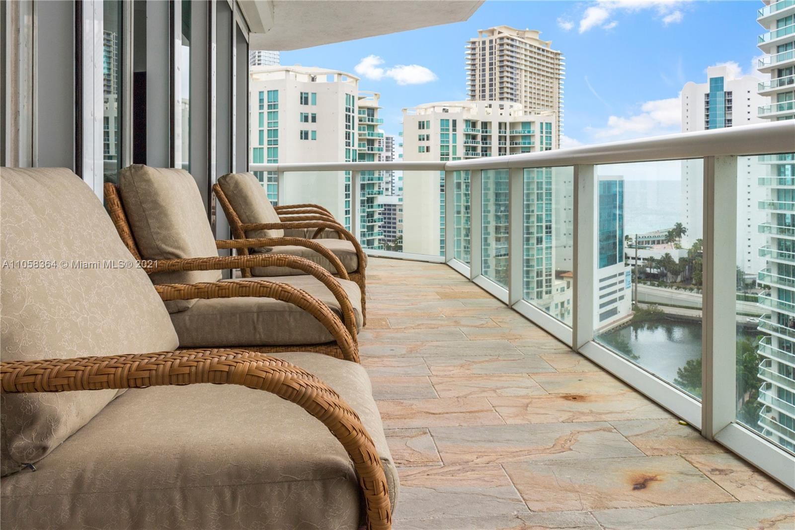 16500 Collins Ave #1751 photo018