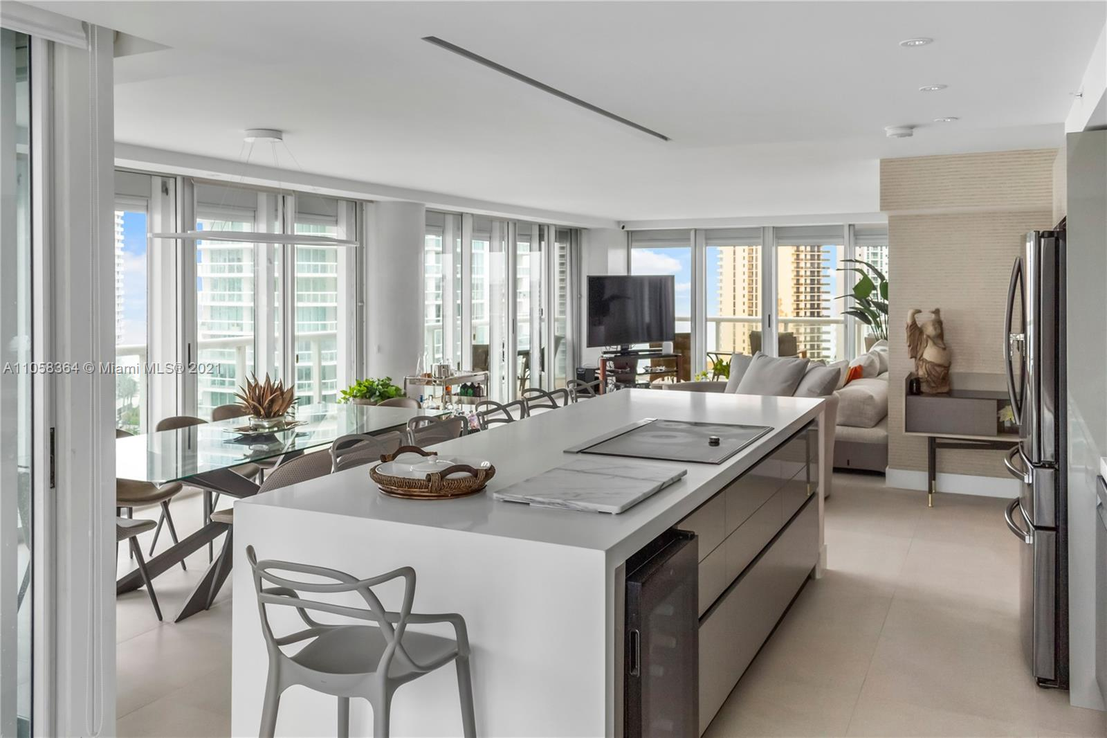 16500 Collins Ave #1751 photo04