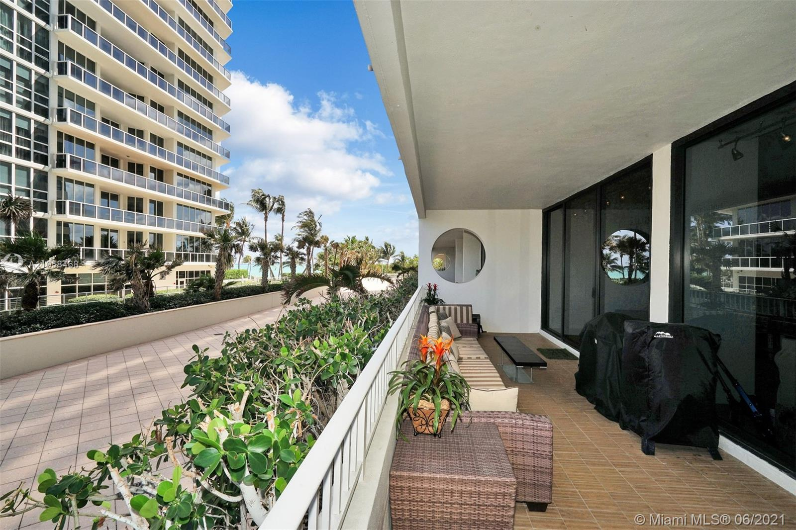 10205 Collins Ave #104 photo023