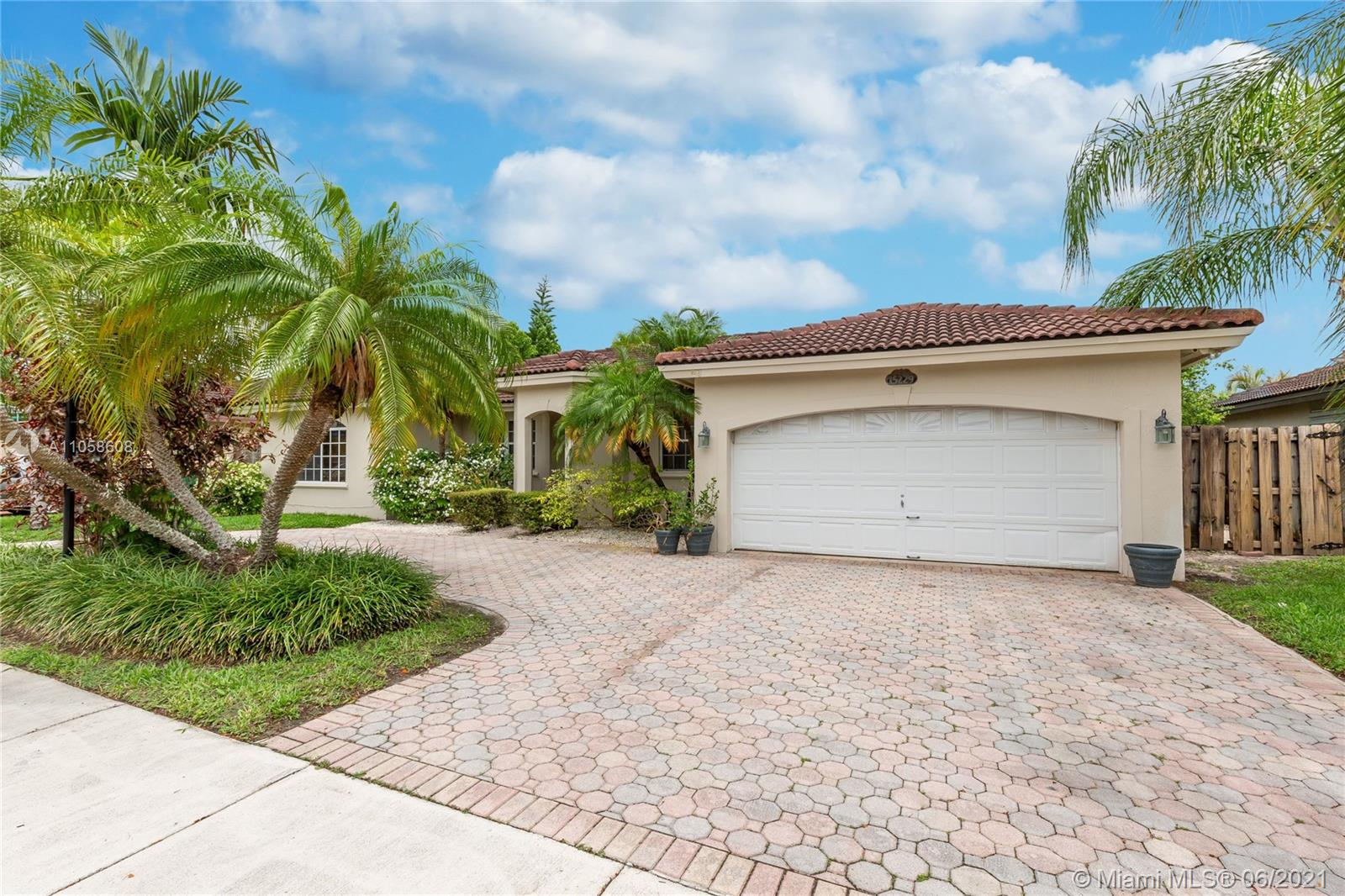 15229 SW 170th Ter photo02