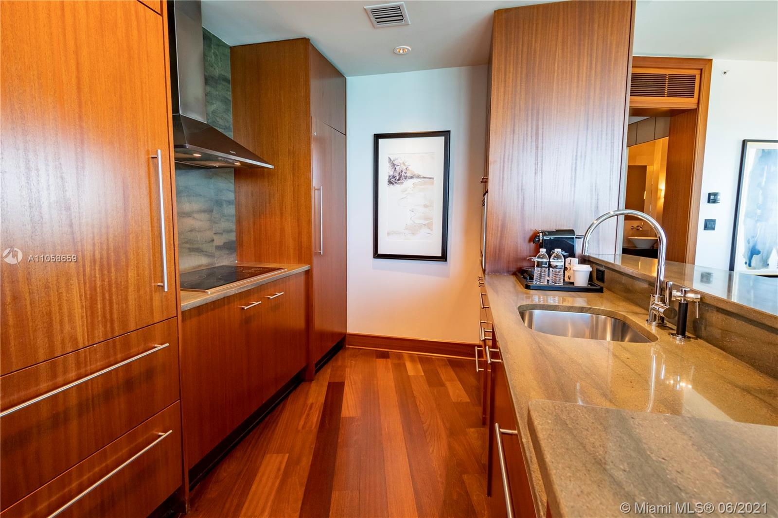 10295 Collins Ave #910 photo015