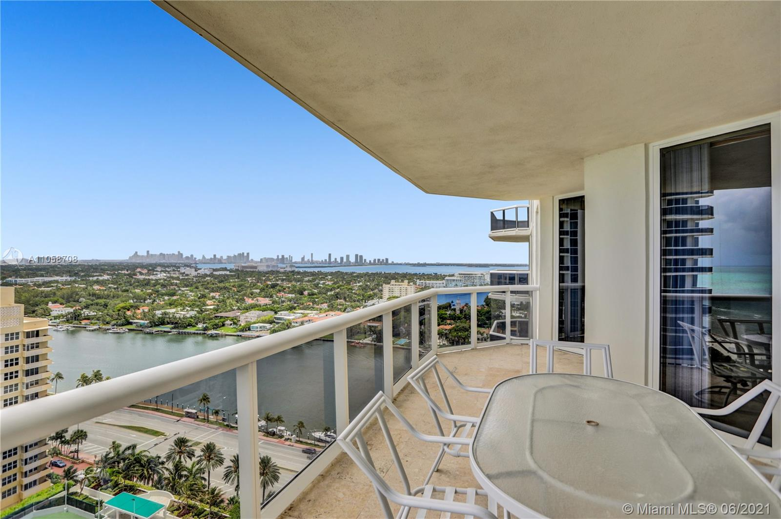 4779 Collins Ave #2304 photo06