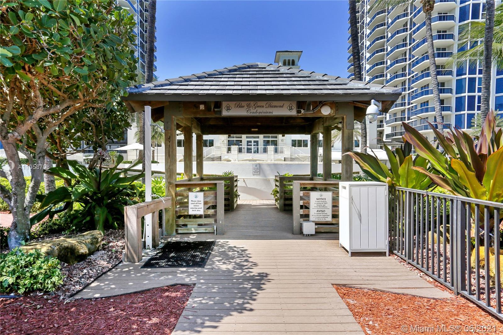 4779 Collins Ave #2304 photo046