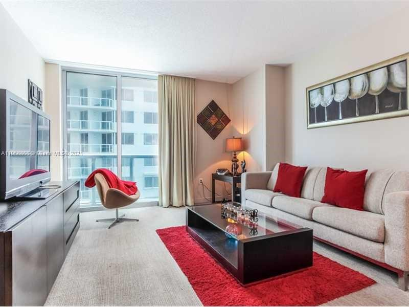 17315 Collins Ave #1208 photo02