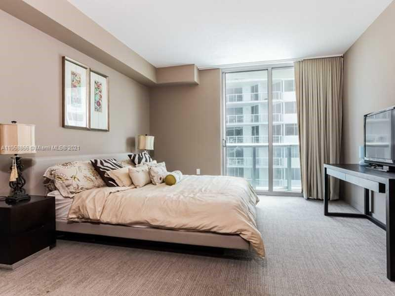 17315 Collins Ave #1208 photo07
