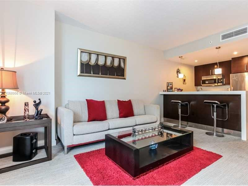 17315 Collins Ave #1208 photo03