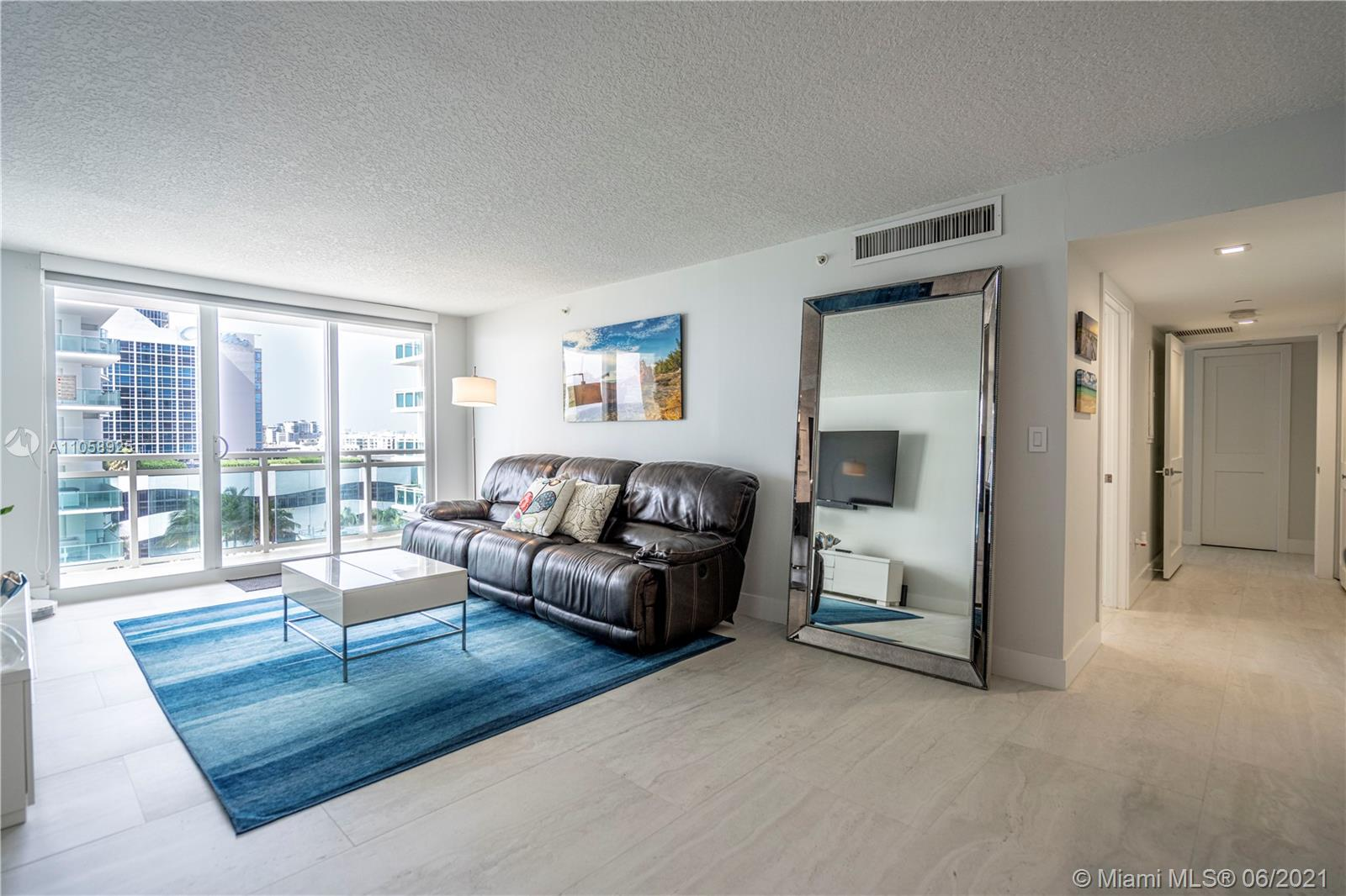 6917 Collins Ave #1005 photo04