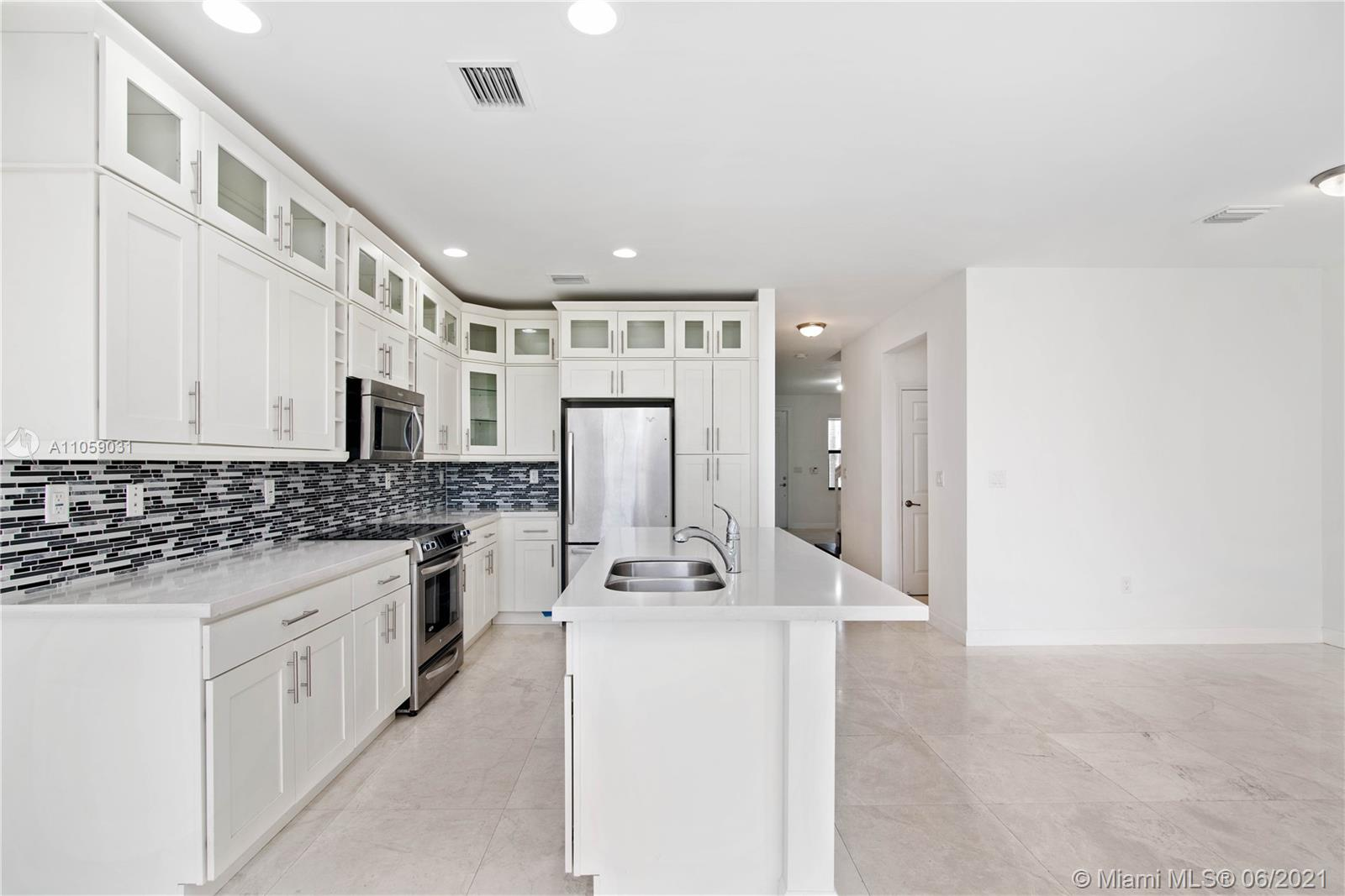 Doral Cay #10460 - 10460 NW 61st St #10460, Doral, FL 33178
