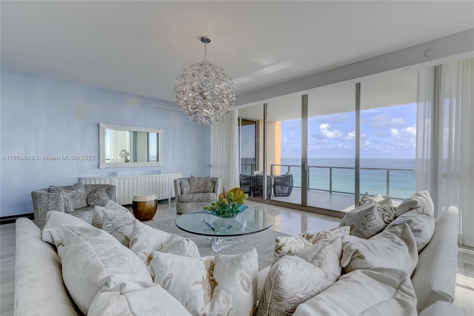 17749 Collins Ave #602 photo03