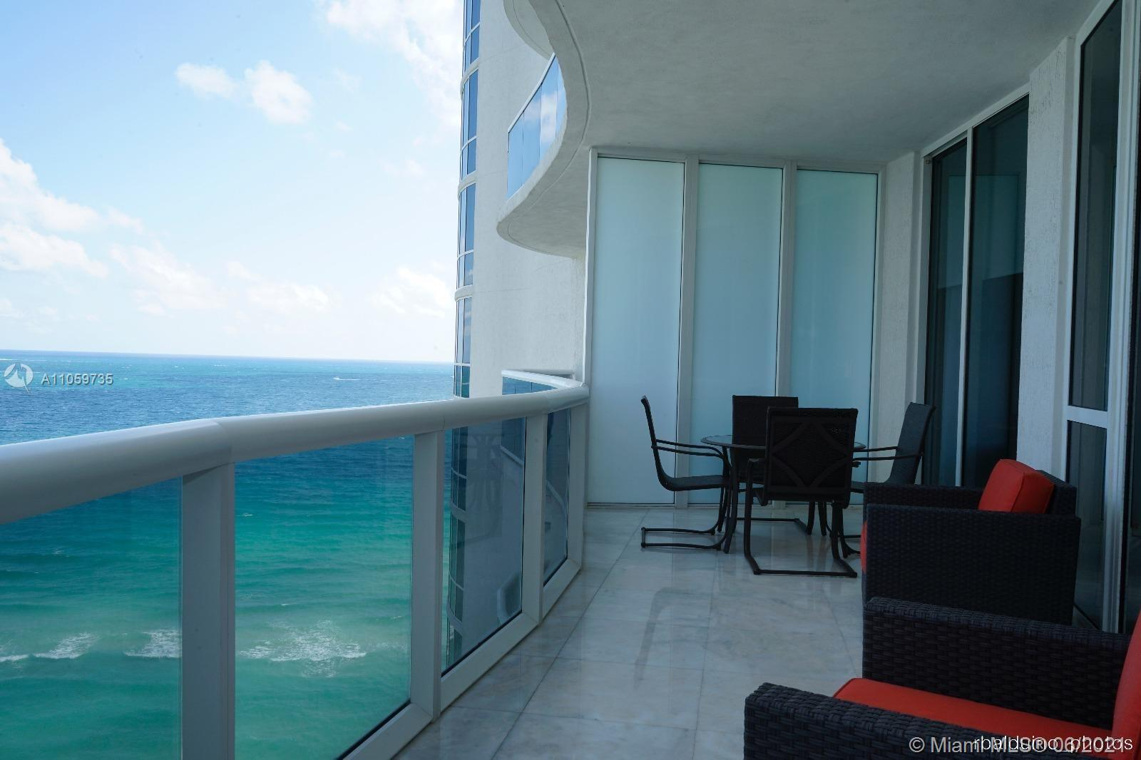 15811 Collins Ave #1503 photo05