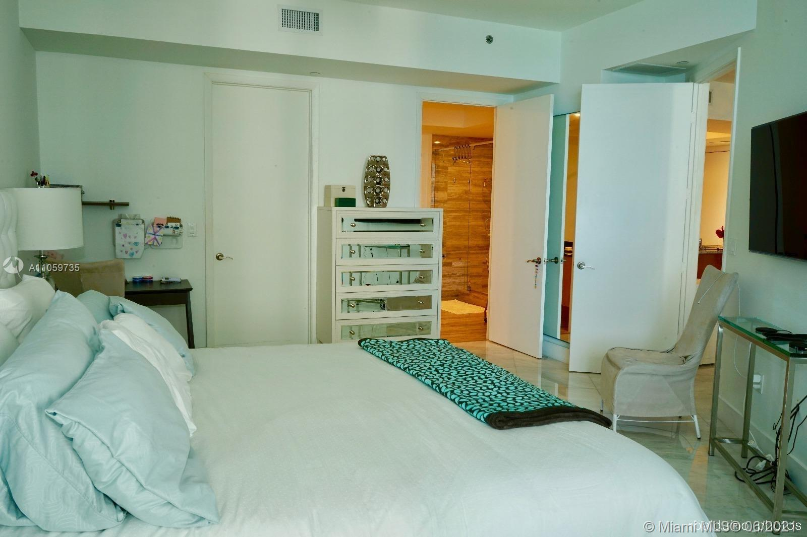 15811 Collins Ave #1503 photo011
