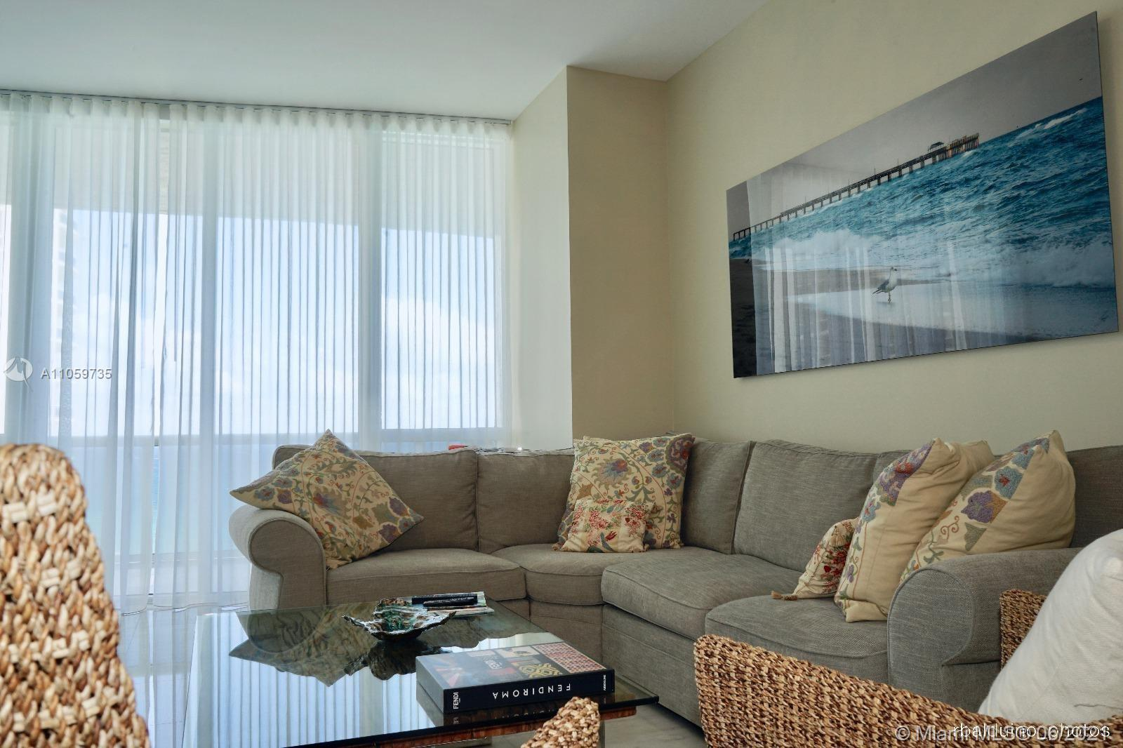15811 Collins Ave #1503 photo04