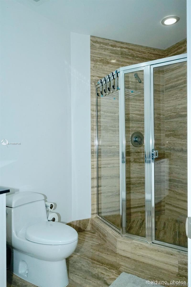15811 Collins Ave #1503 photo08