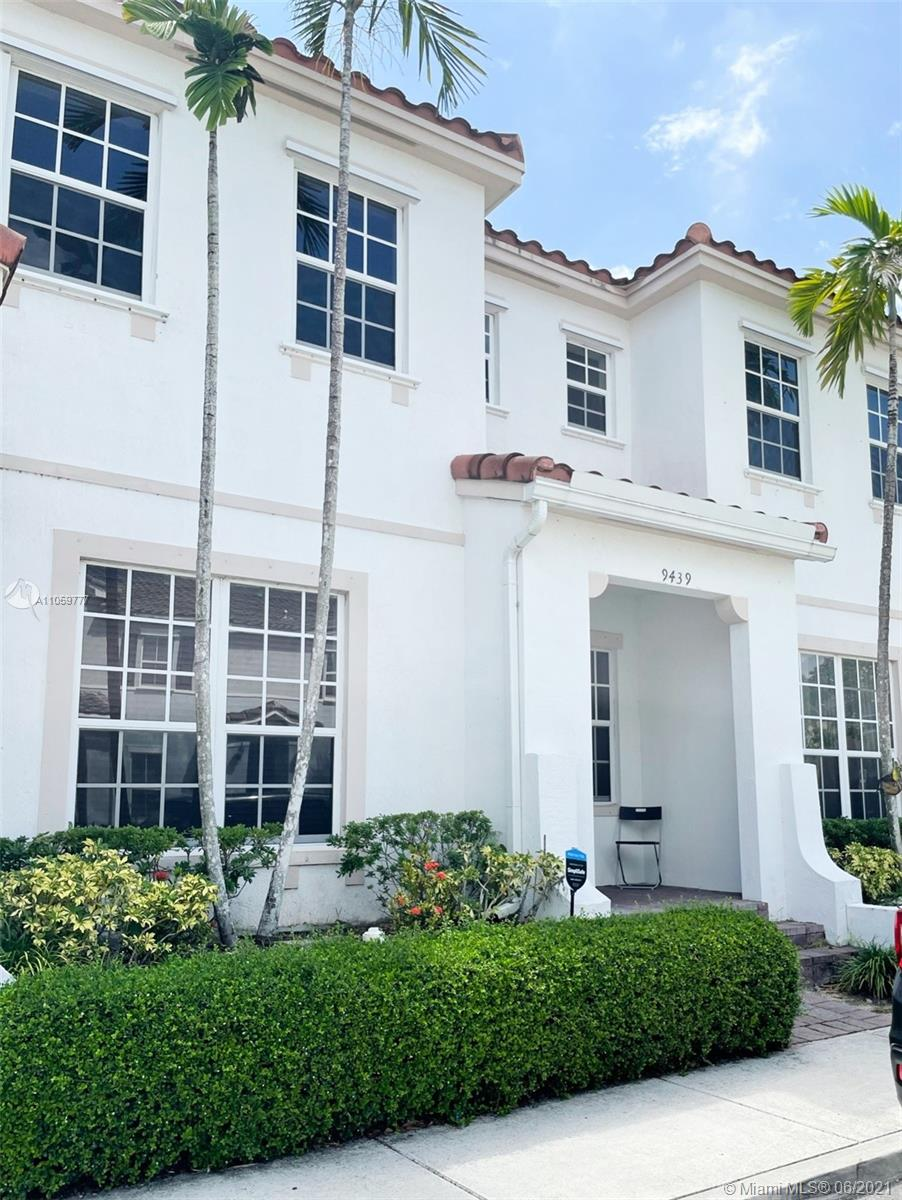 Kendall Commons #9439 - 9439 SW 170th Psge #9439, Miami, FL 33196