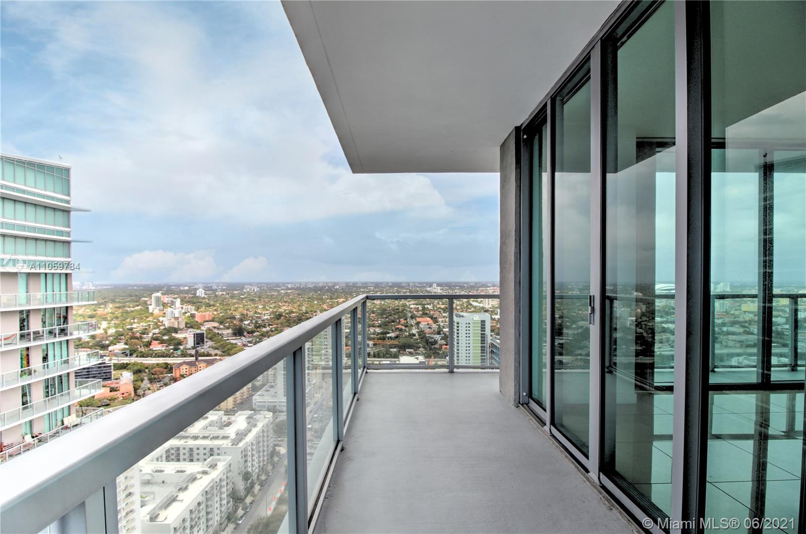 Axis on Brickell North Tower #UPH4014 - 1111 SW 1 AV #UPH4014, Miami, FL 33130
