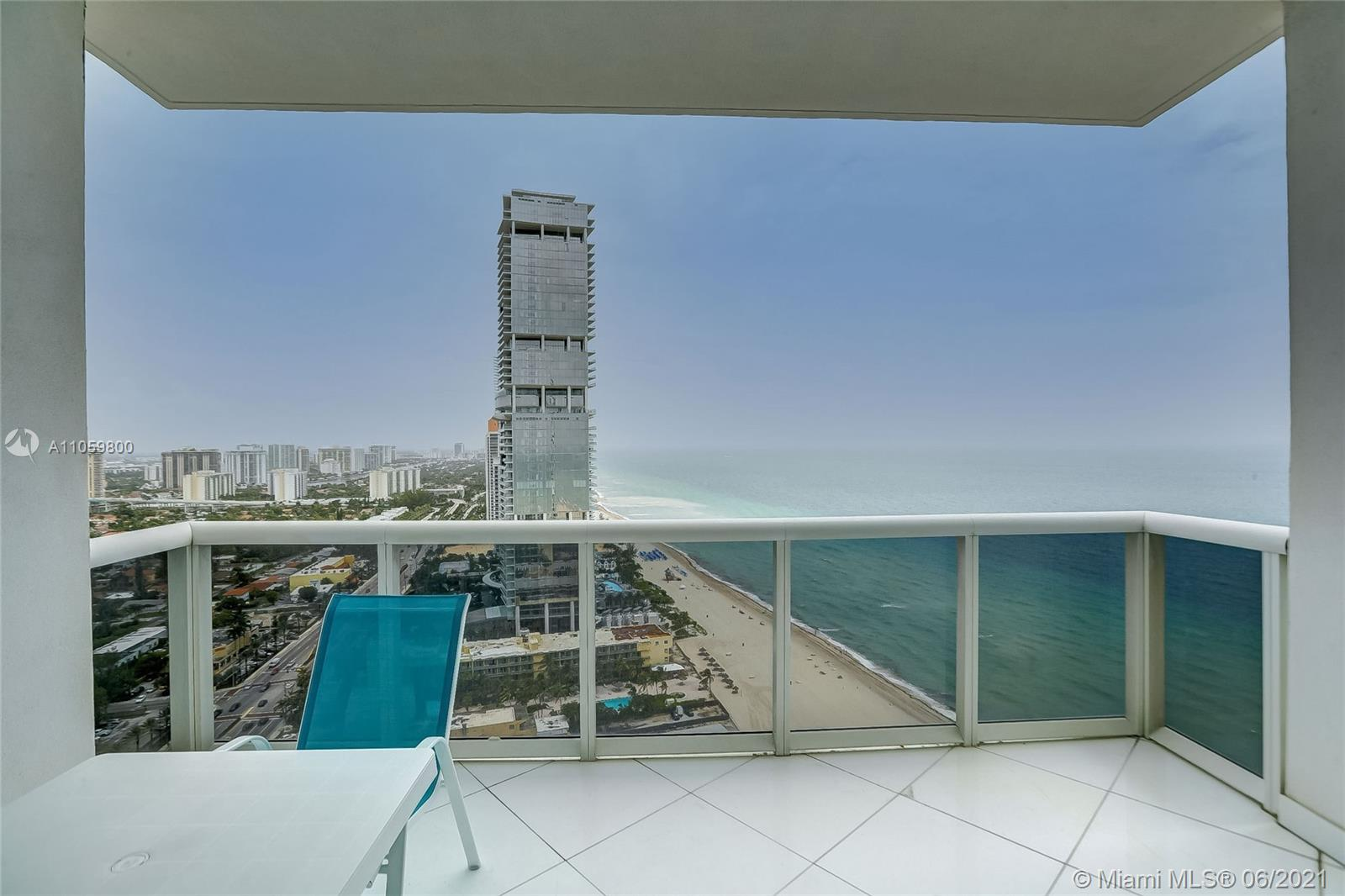 18201 Collins Ave #3902 photo027