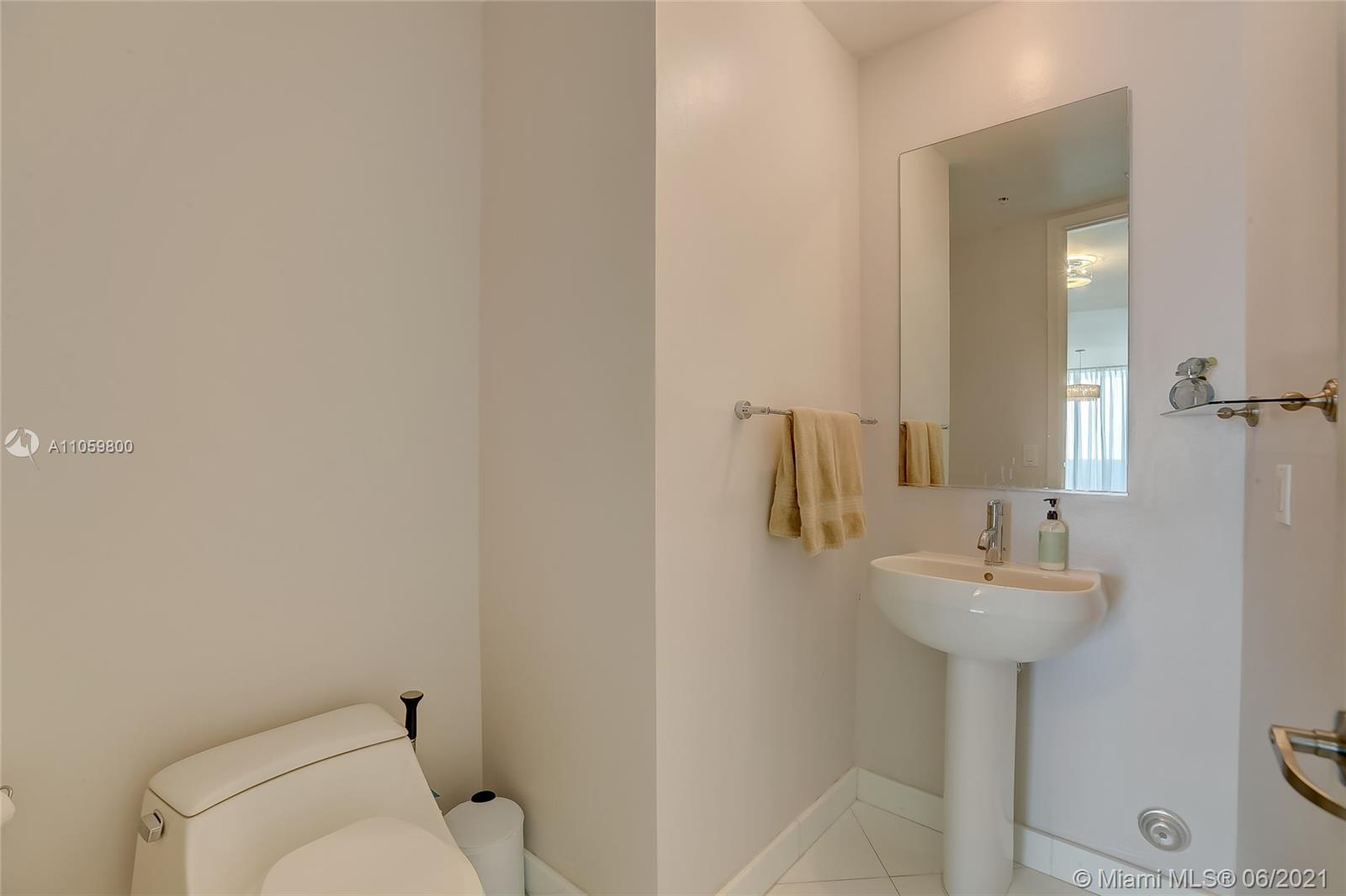 18201 Collins Ave #3902 photo016