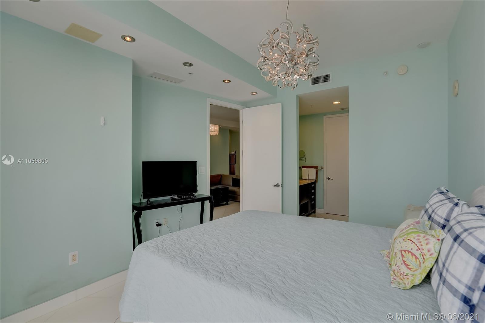 18201 Collins Ave #3902 photo022