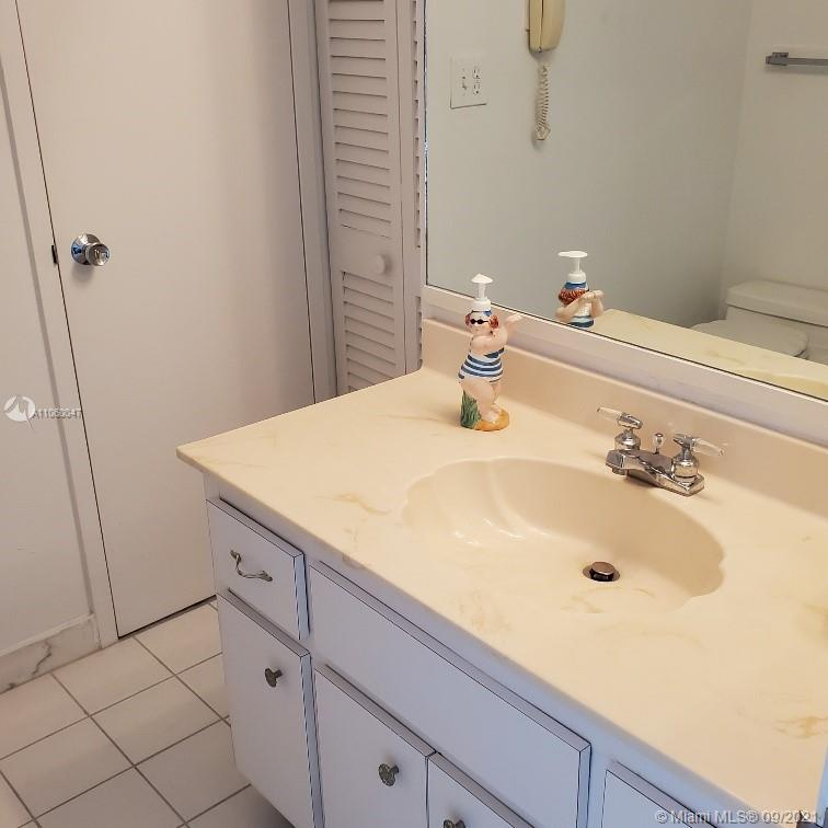 5701 Collins Ave #709 photo022