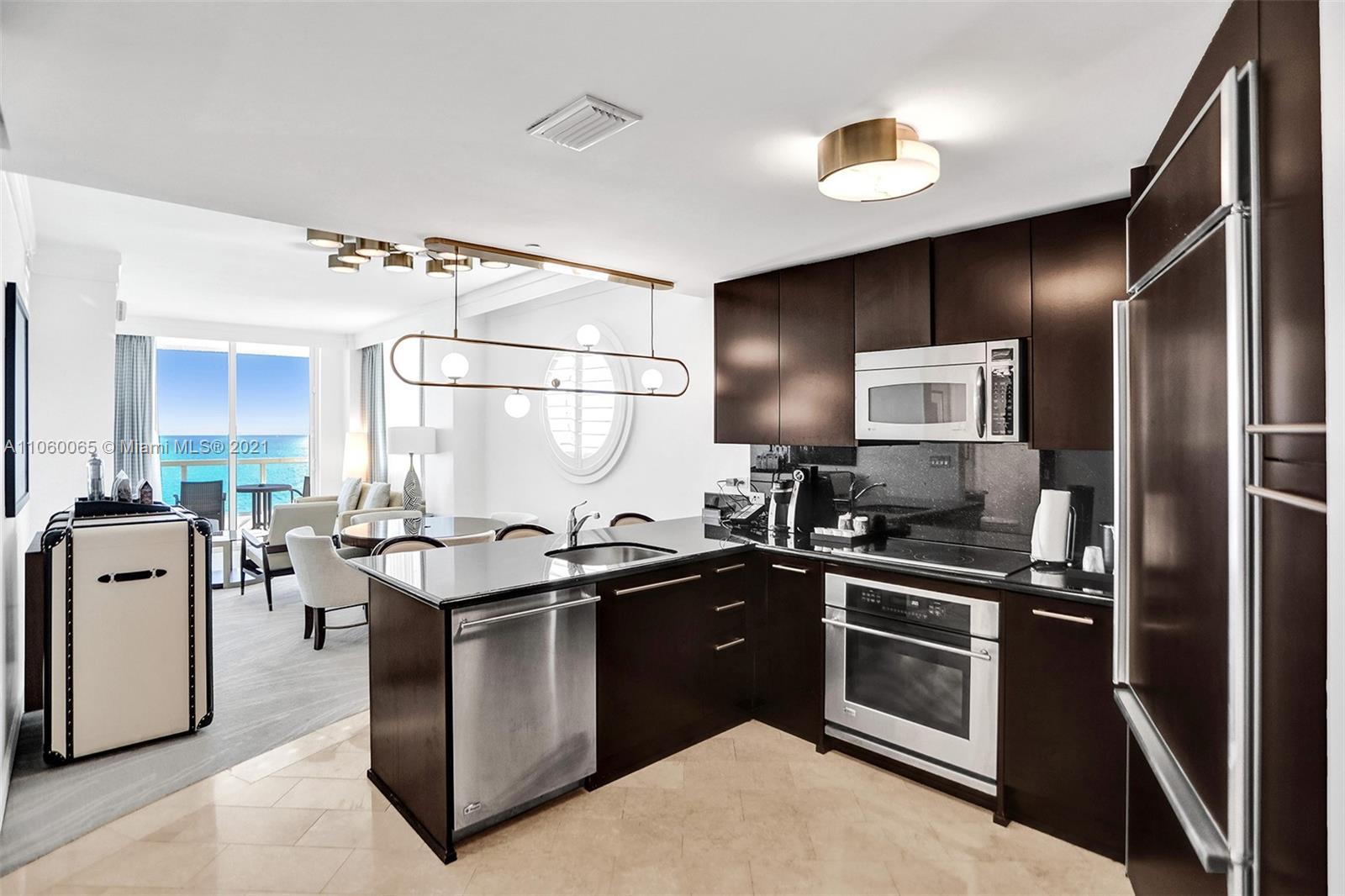Fontainebleau Sorrento #1514 - 4391 COLLINS AVE #1514, Miami Beach, FL 33140