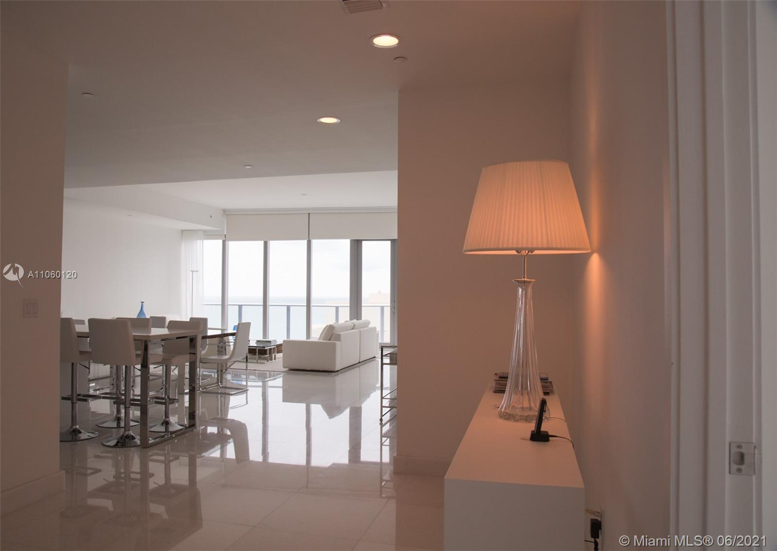 17475 Collins Ave #2203 photo03