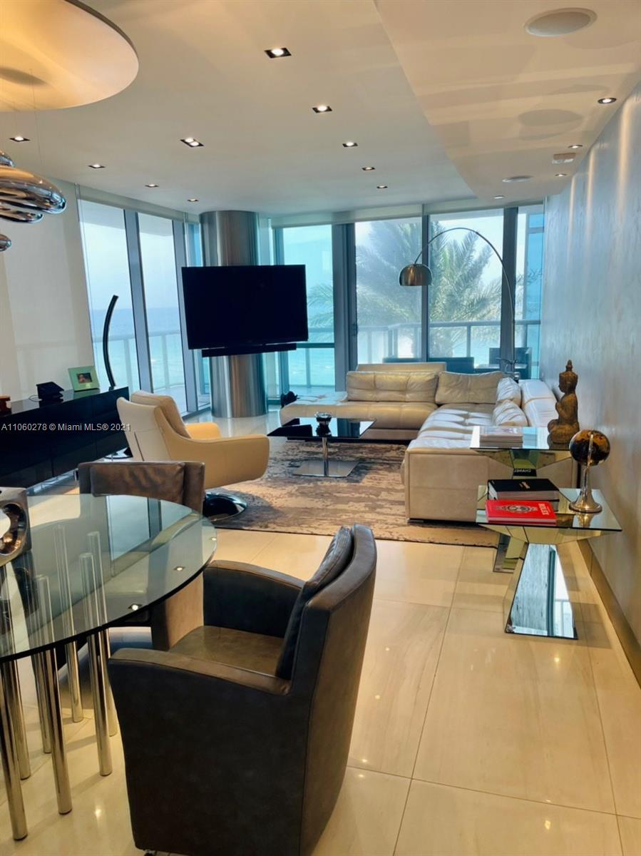 17121 Collins Ave #808 photo012