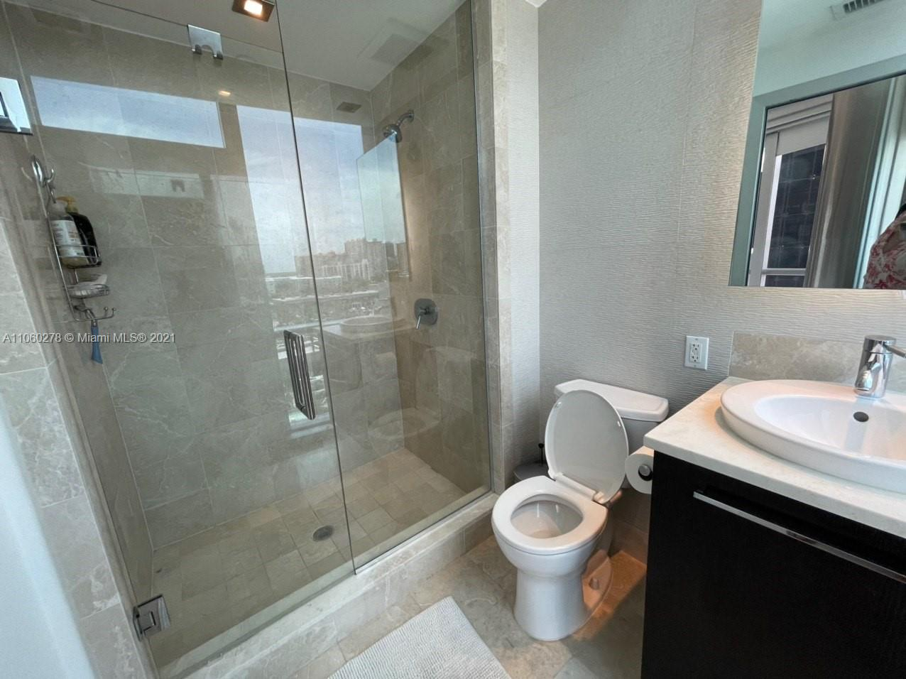 17121 Collins Ave #808 photo022