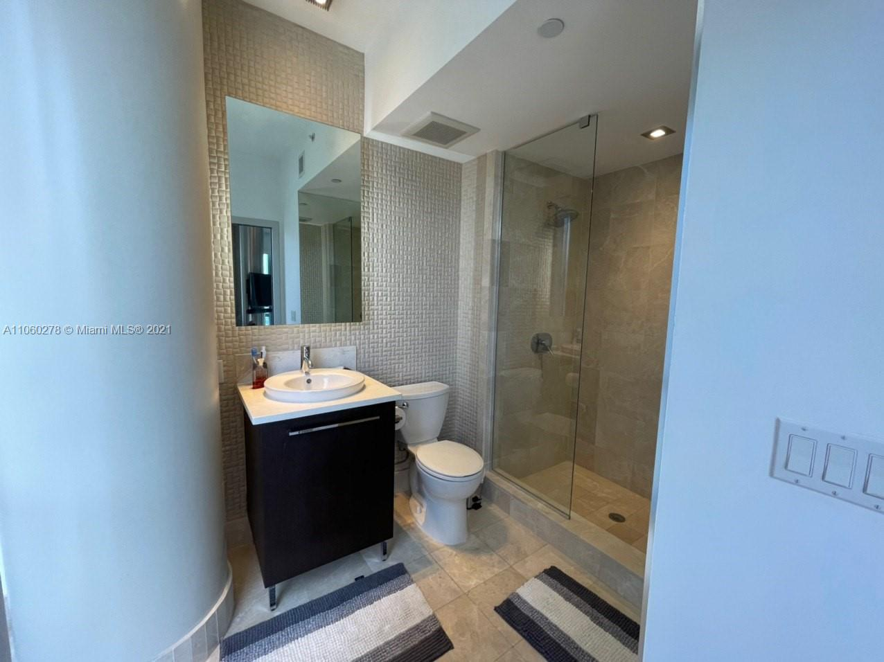 17121 Collins Ave #808 photo018
