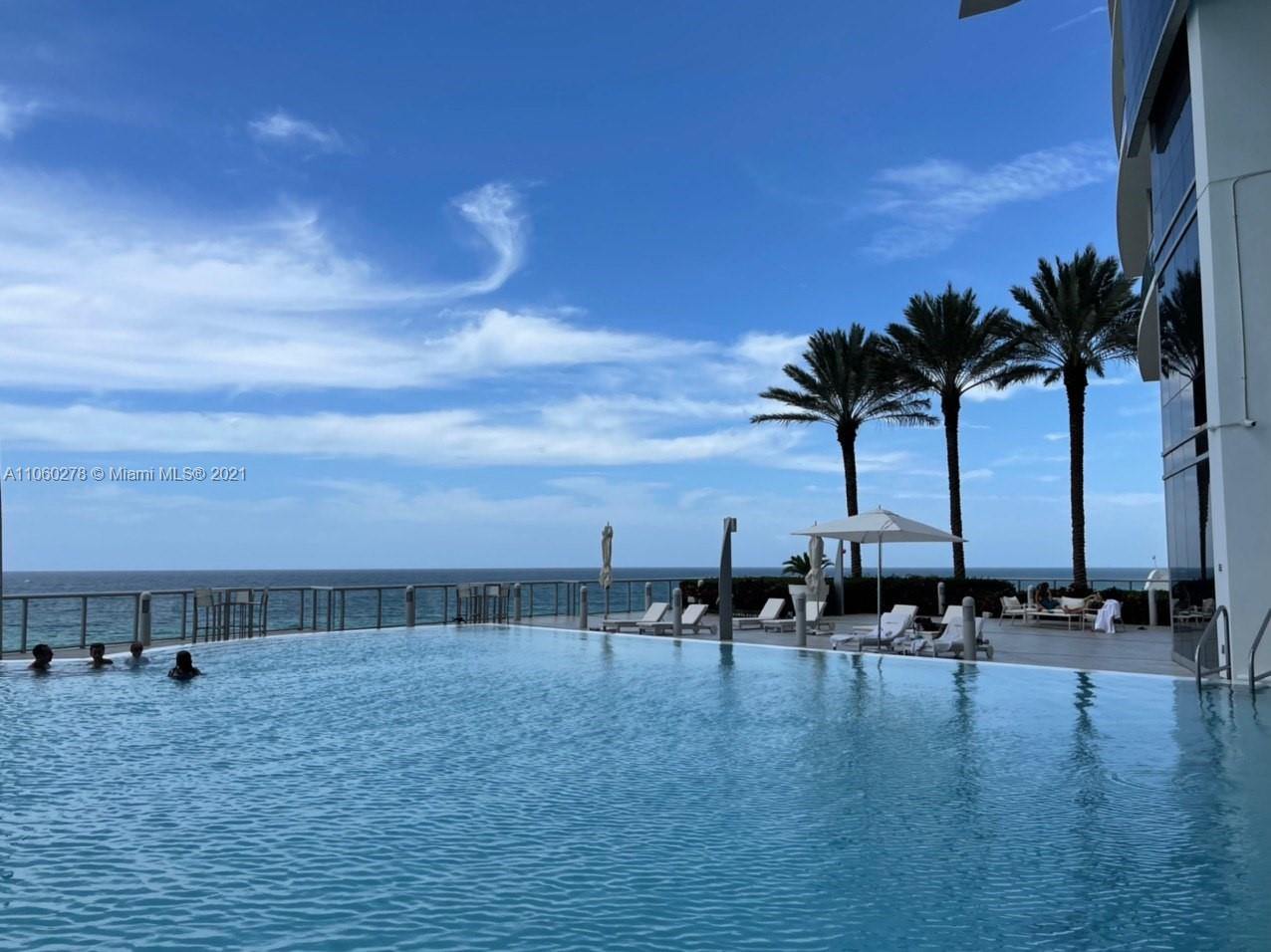 17121 Collins Ave #808 photo039