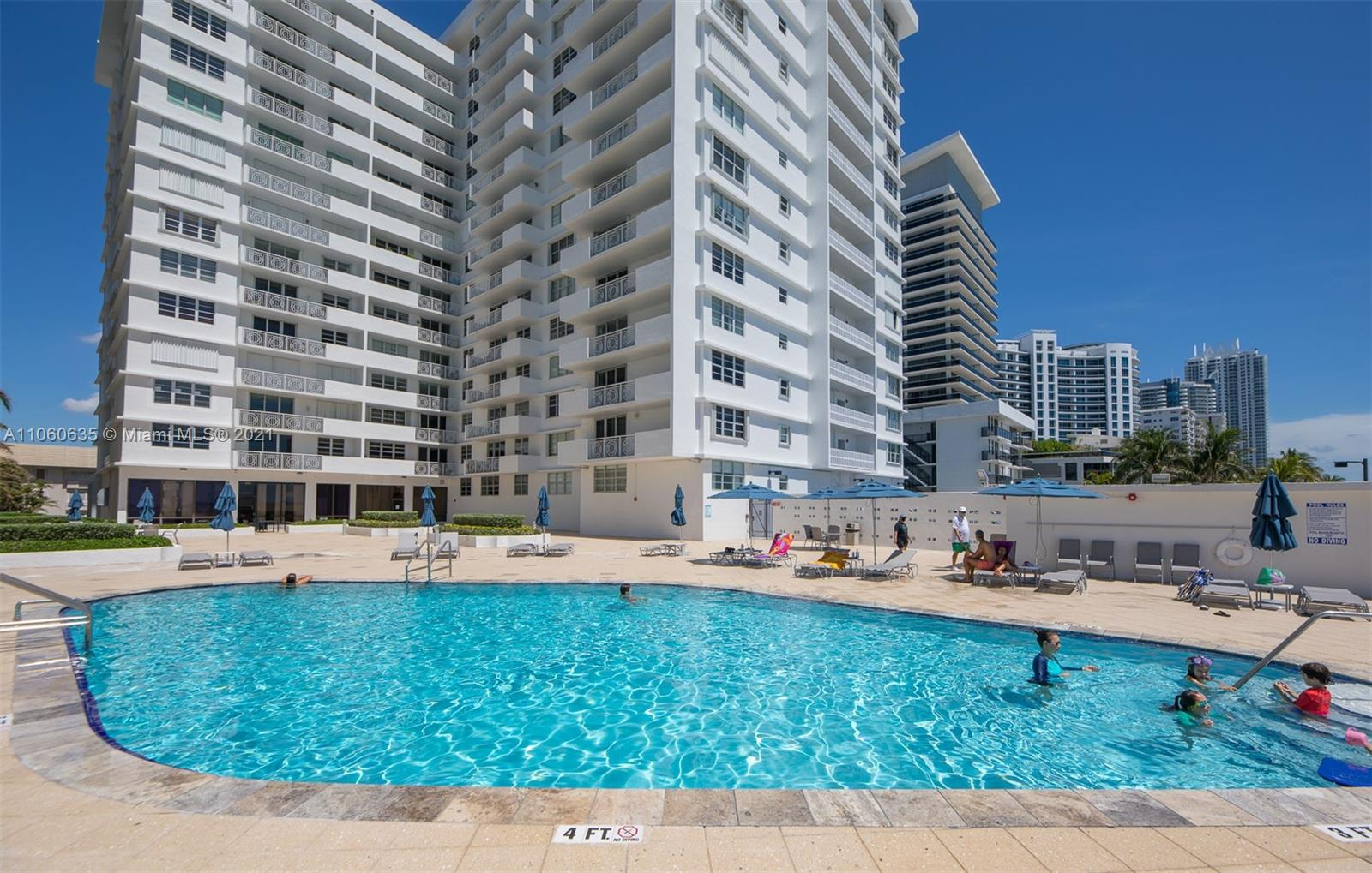 5825 Collins Ave #12F photo027
