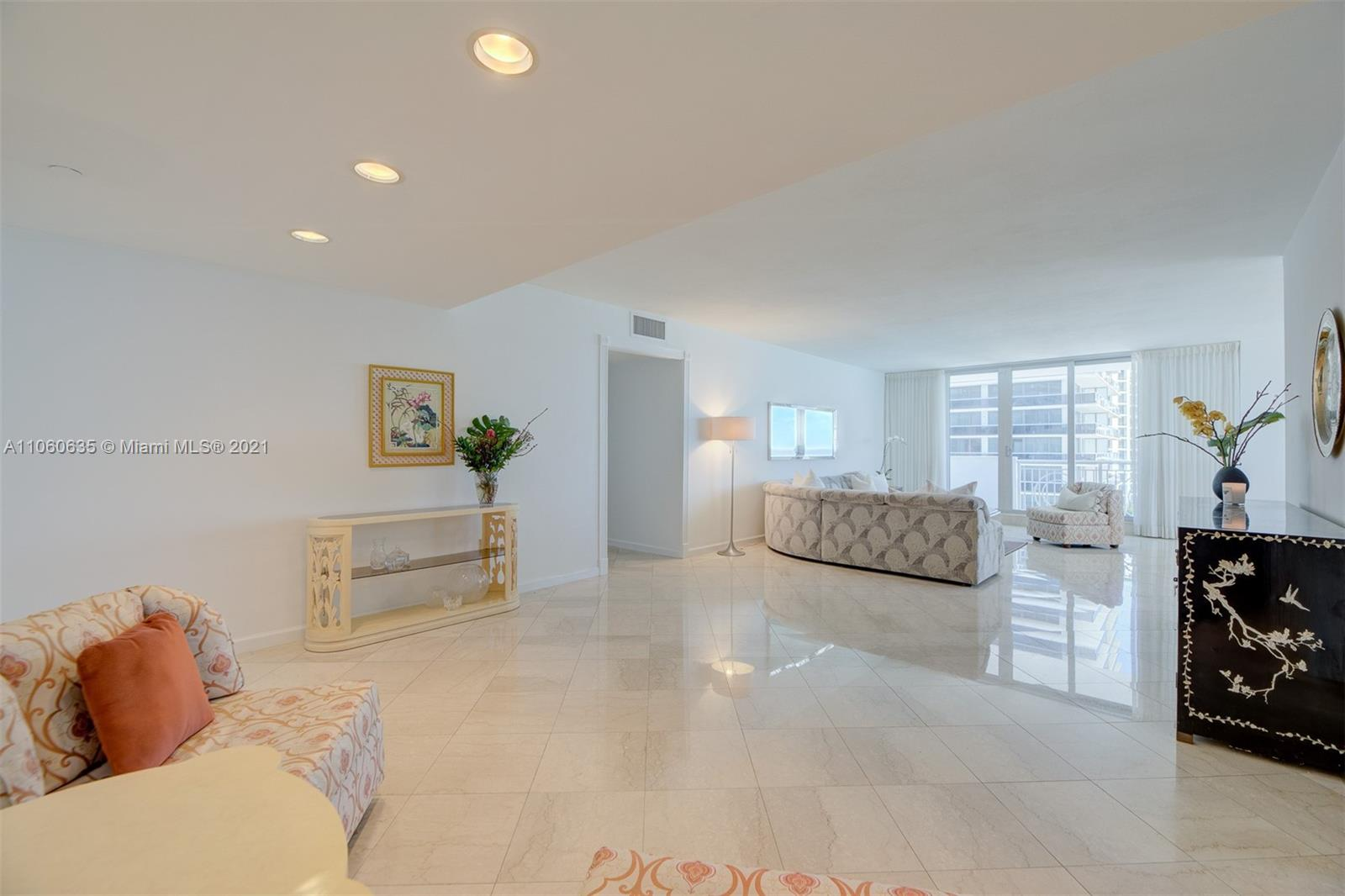 5825 Collins Ave #12F photo013