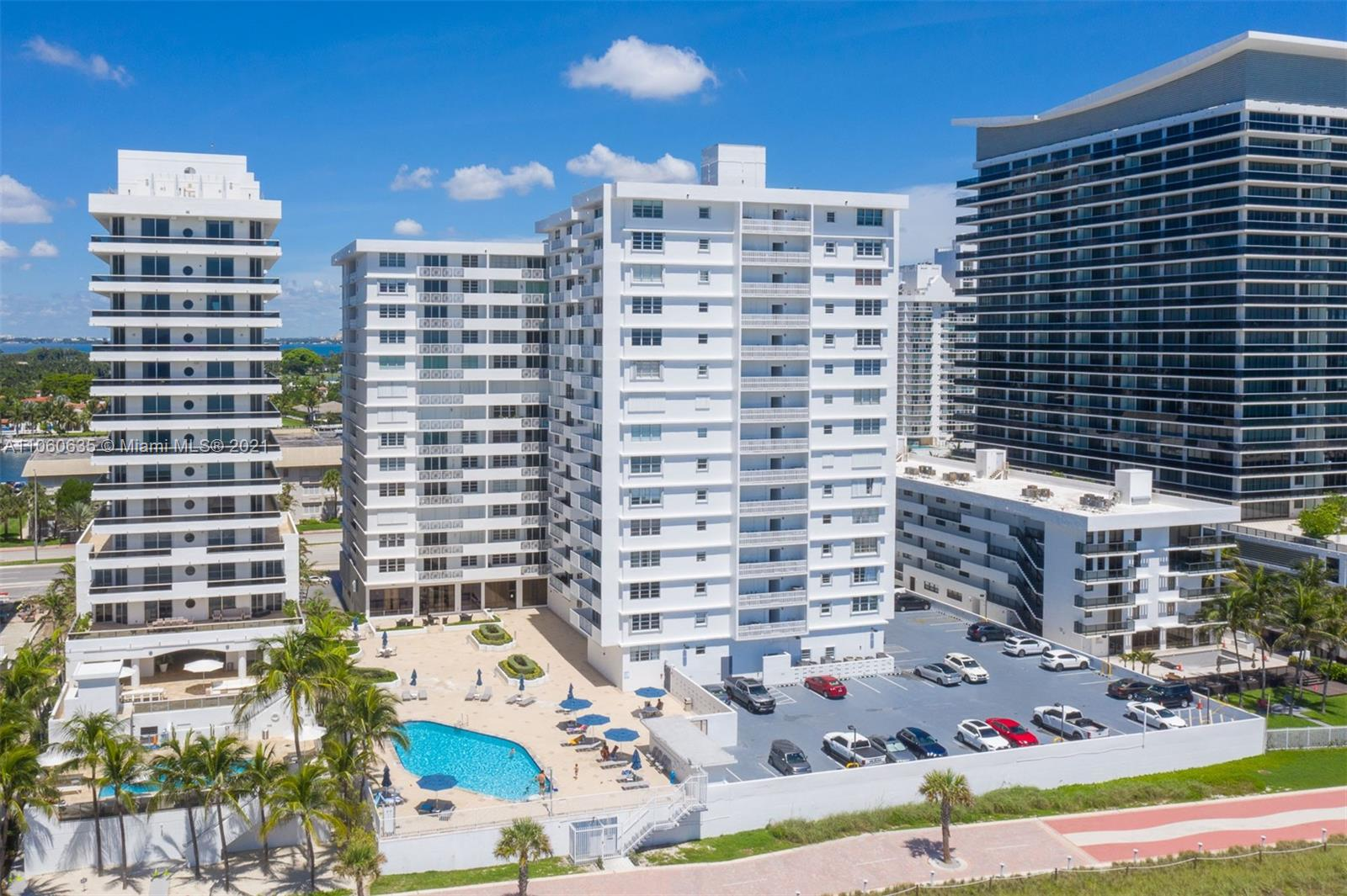 5825 Collins Ave #12F photo036