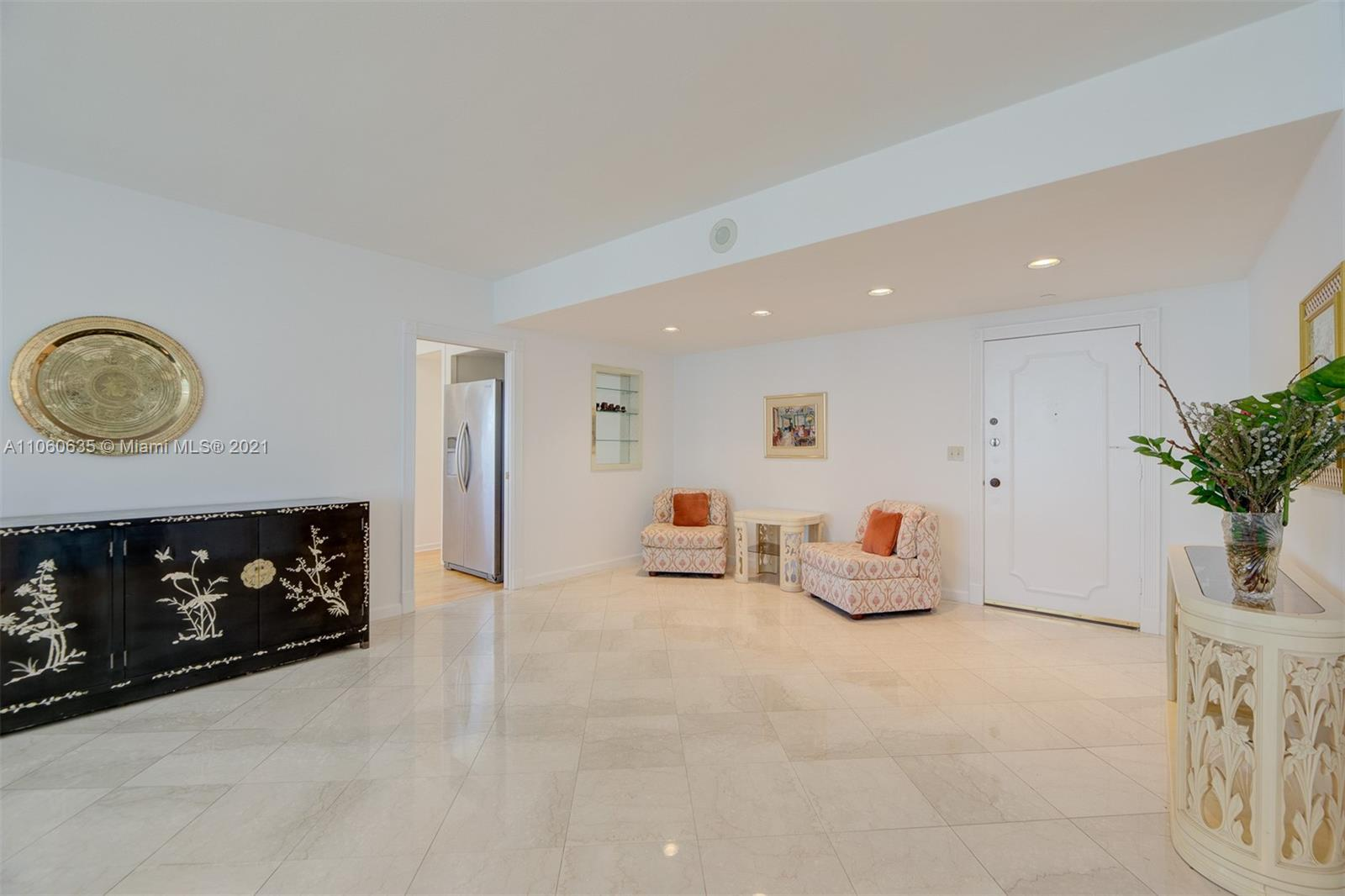 5825 Collins Ave #12F photo010