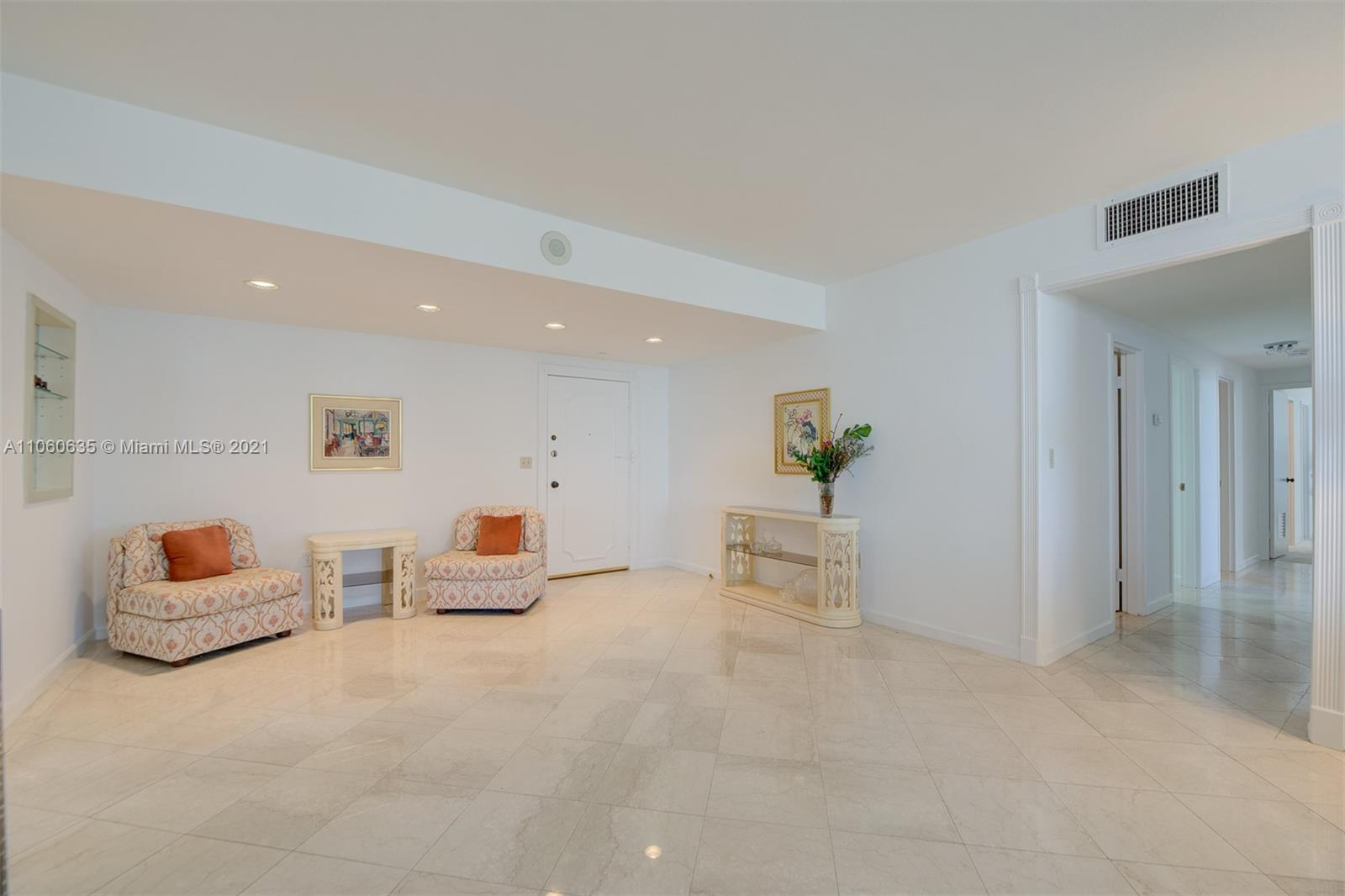 5825 Collins Ave #12F photo014