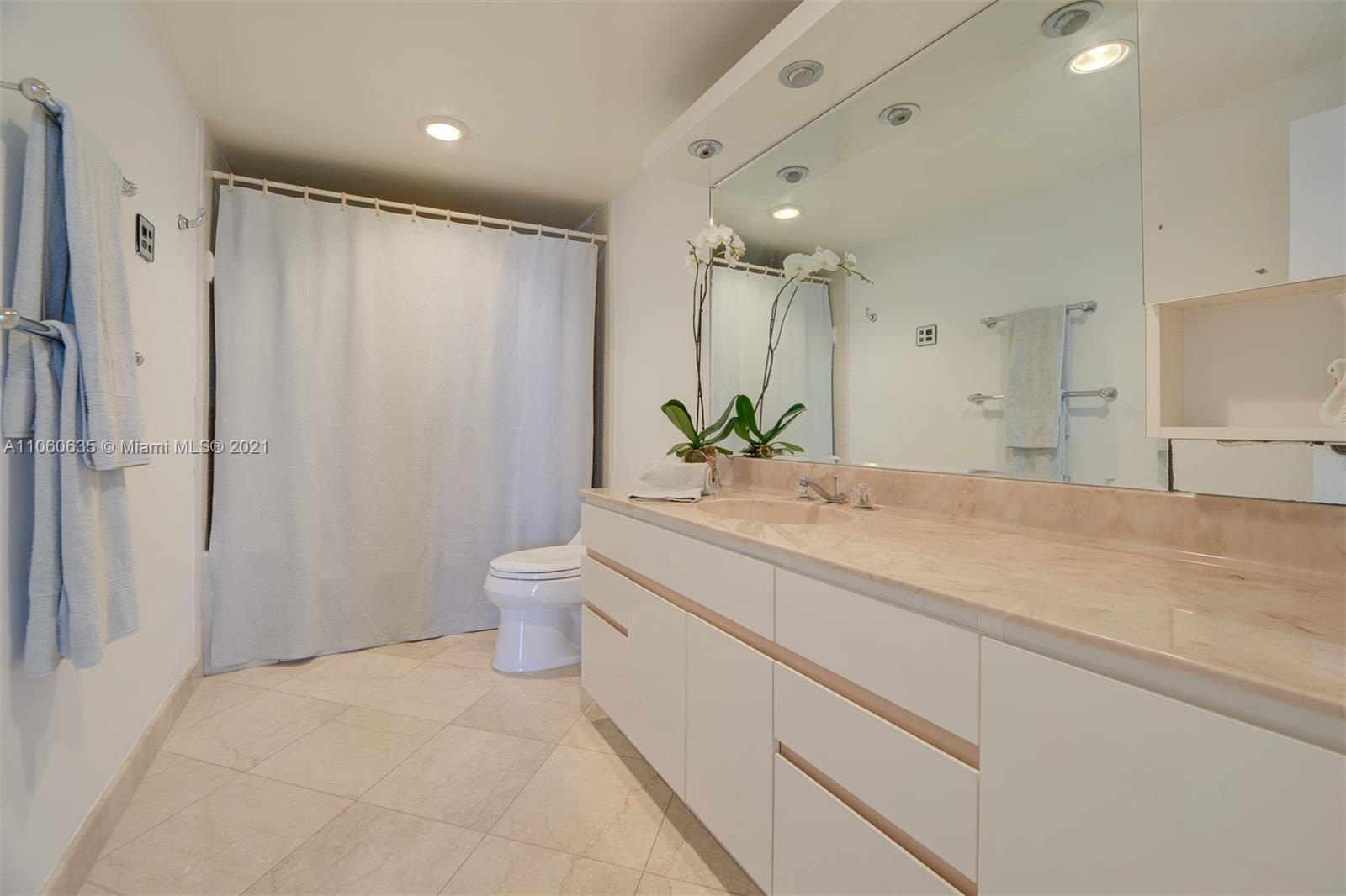 5825 Collins Ave #12F photo019