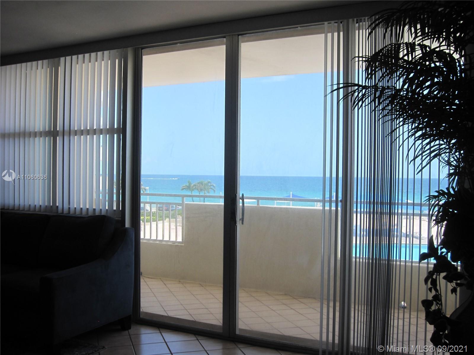 Parker Dorado #214 - 3180 S Ocean Dr #214, Hallandale Beach, FL 33009
