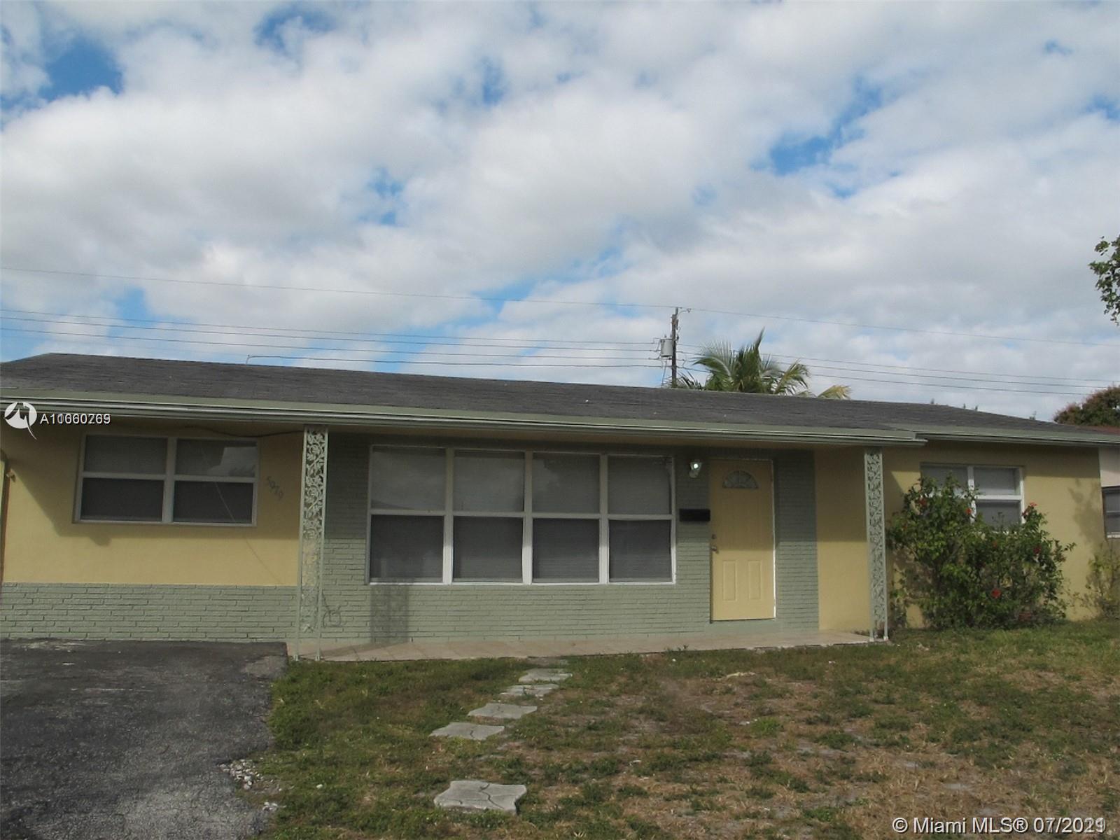 Sunrise Golf Village - 5979 NW 15th St, Sunrise, FL 33313