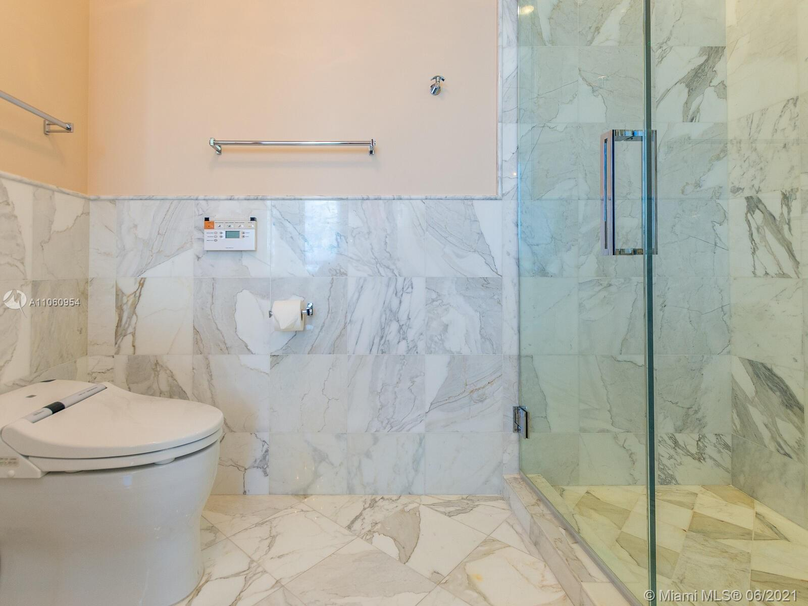 18201 Collins Ave #3809 photo046