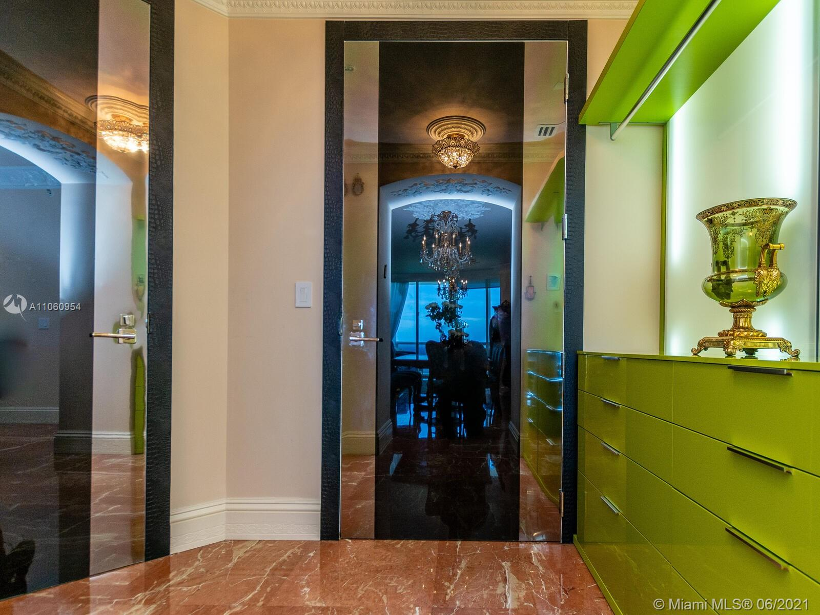 18201 Collins Ave #3809 photo09