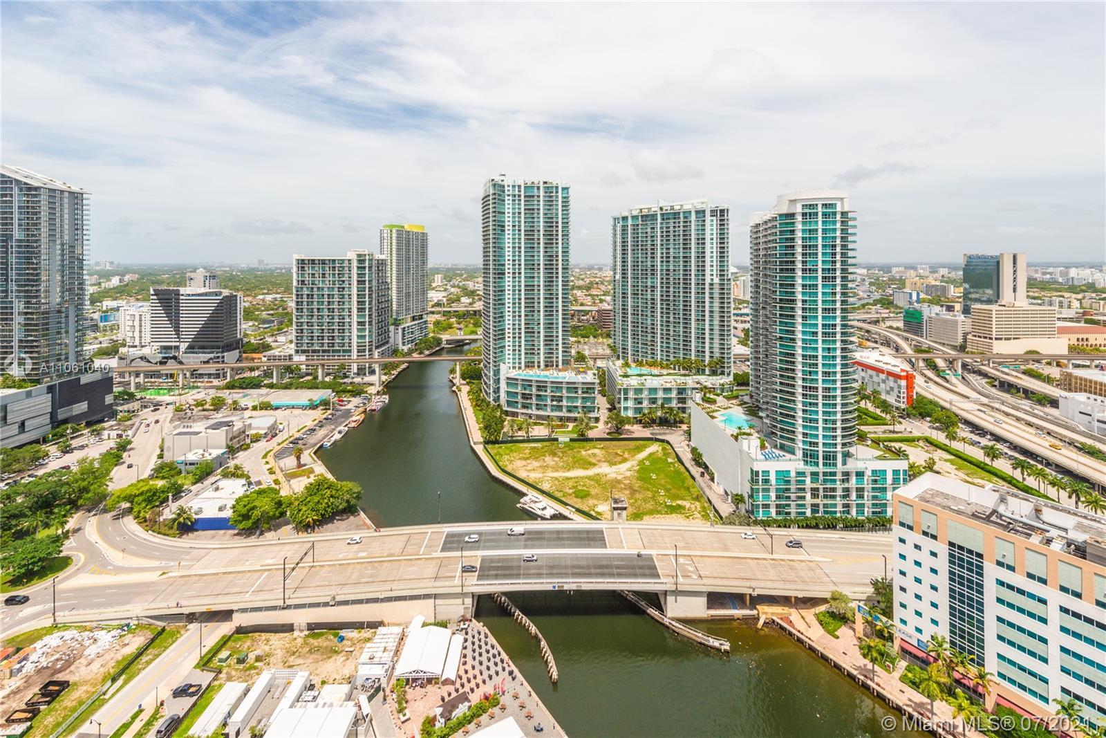 Brickell on the River North Tower - 31 SE 5th St, Miami, FL 33131